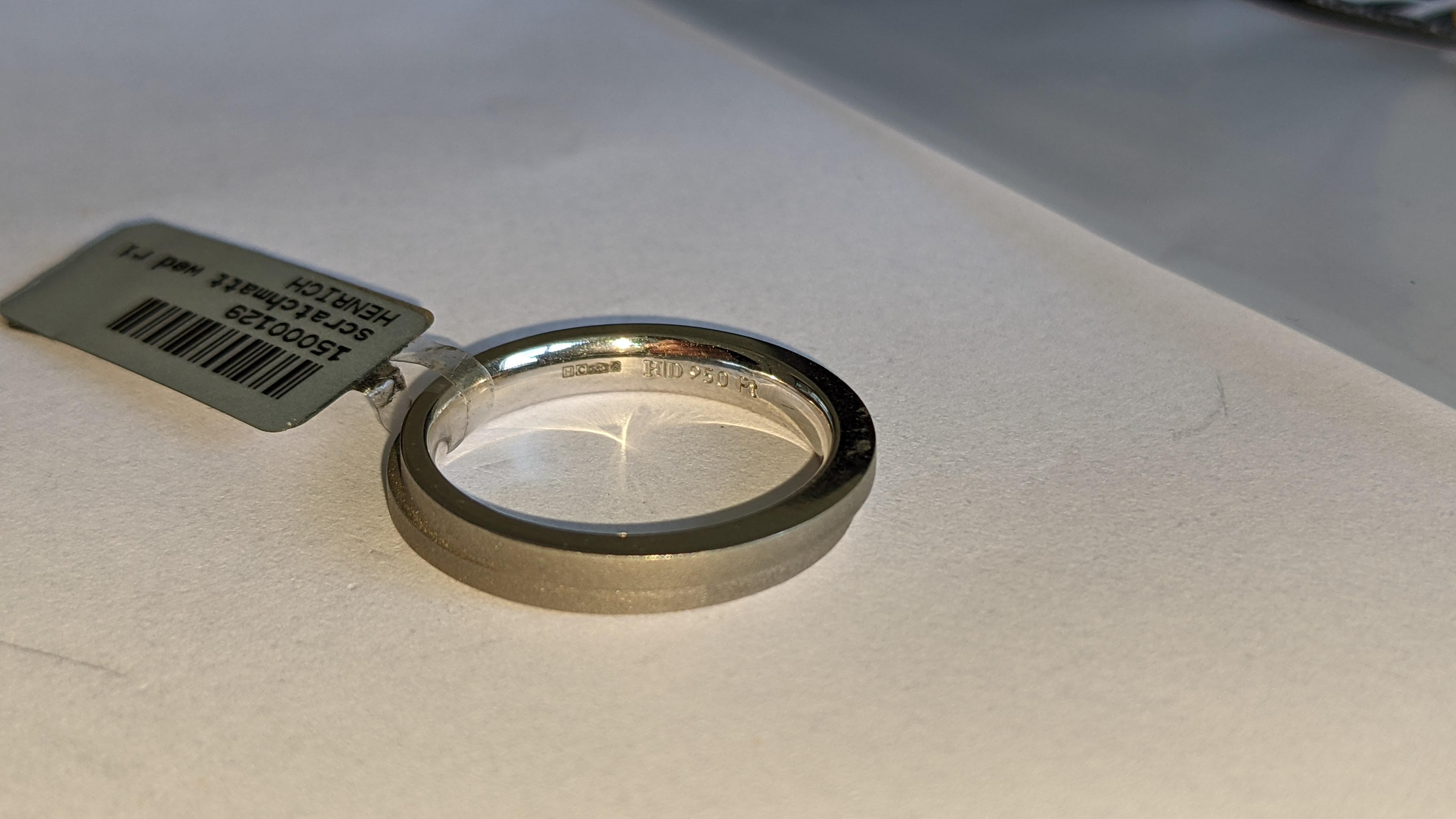 Platinum 950 wedding ring. RRP £1,120 - Image 10 of 13