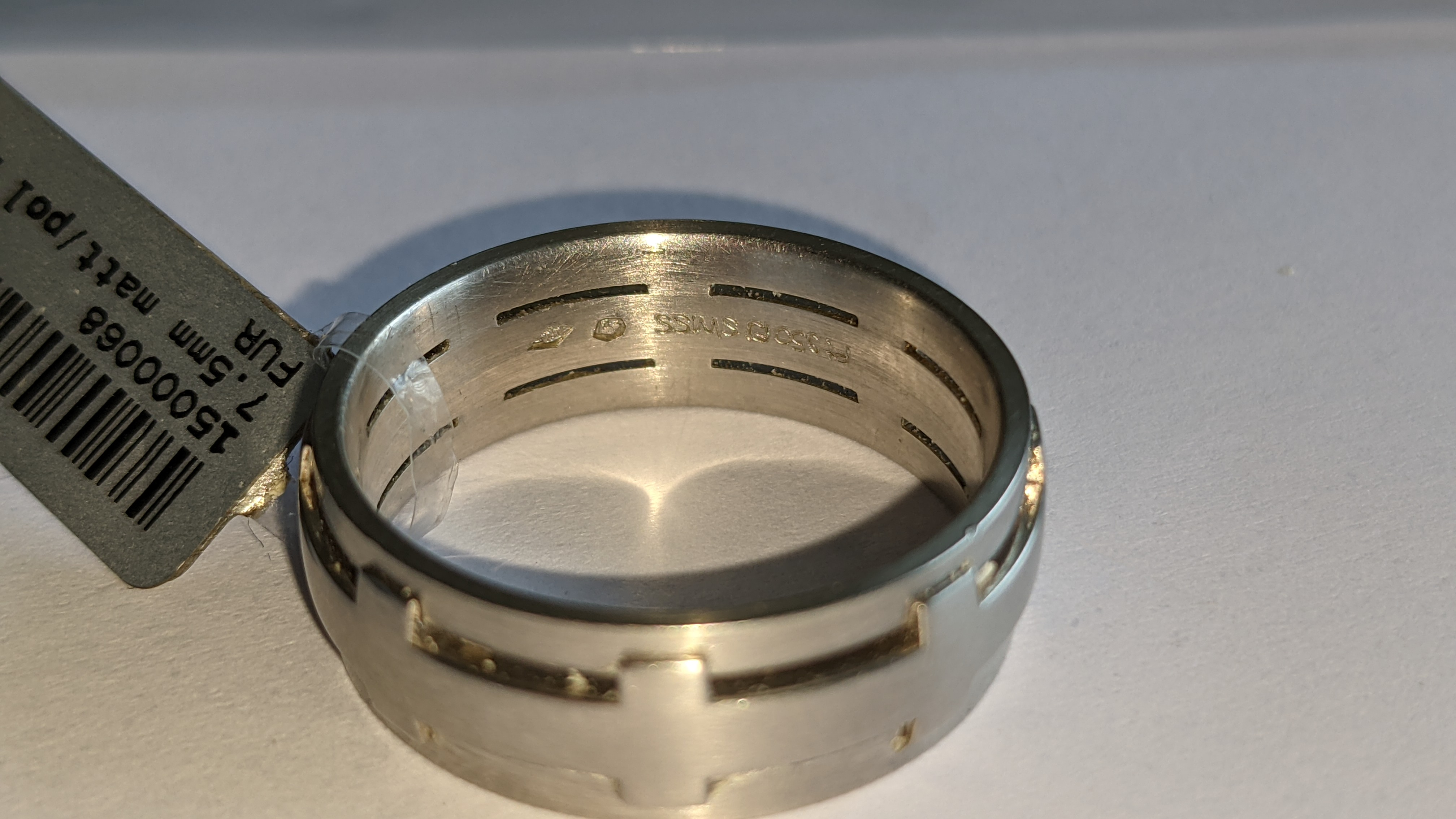 Platinum 950 ring in matt & polished finish, 7.5mm wide. RRP £2,960 - Image 9 of 15