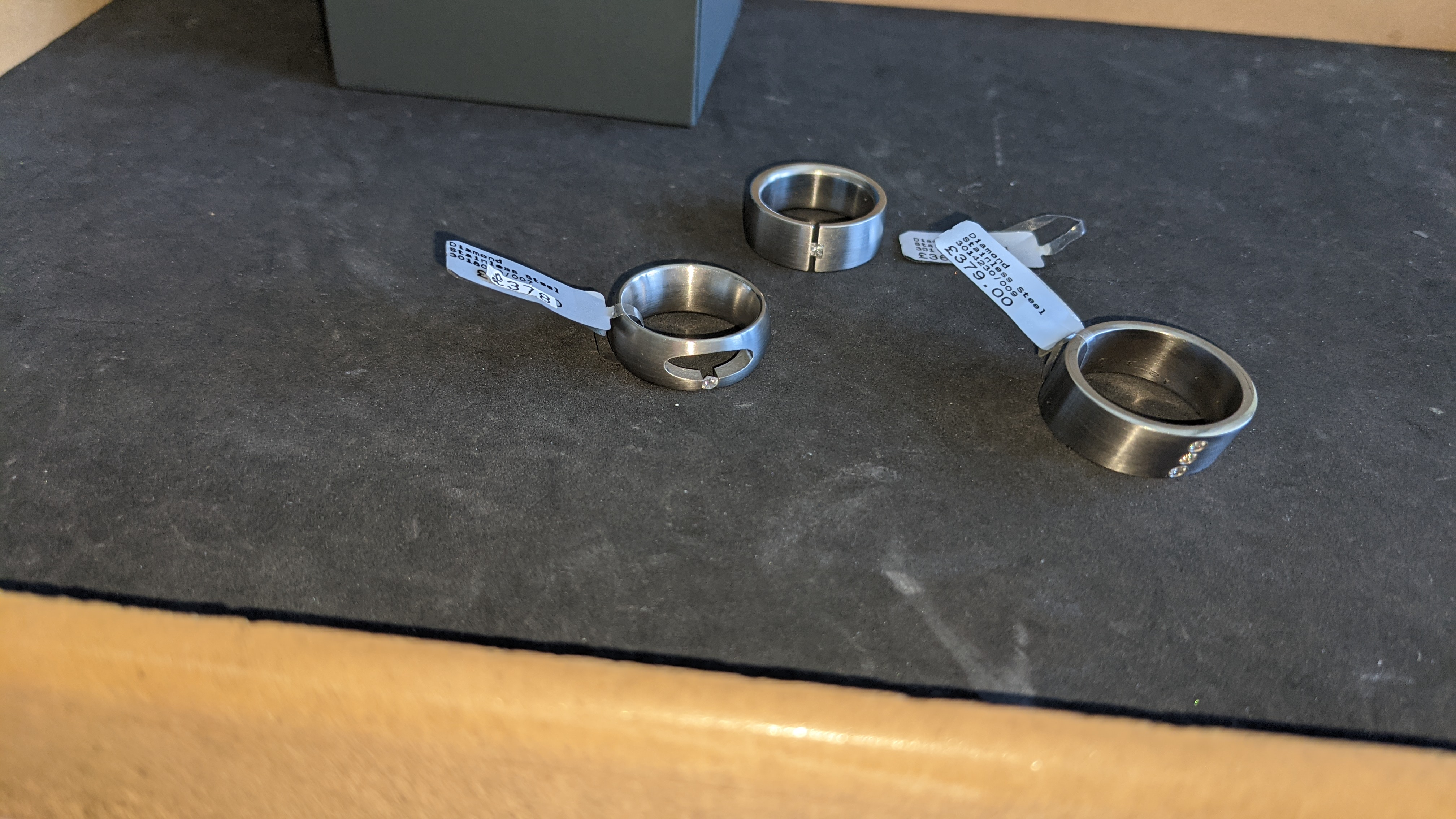 3 off assorted stainless steel & diamond rings with RRPs of £360, £378 & £379. Total RRP £1,117 - Image 13 of 14