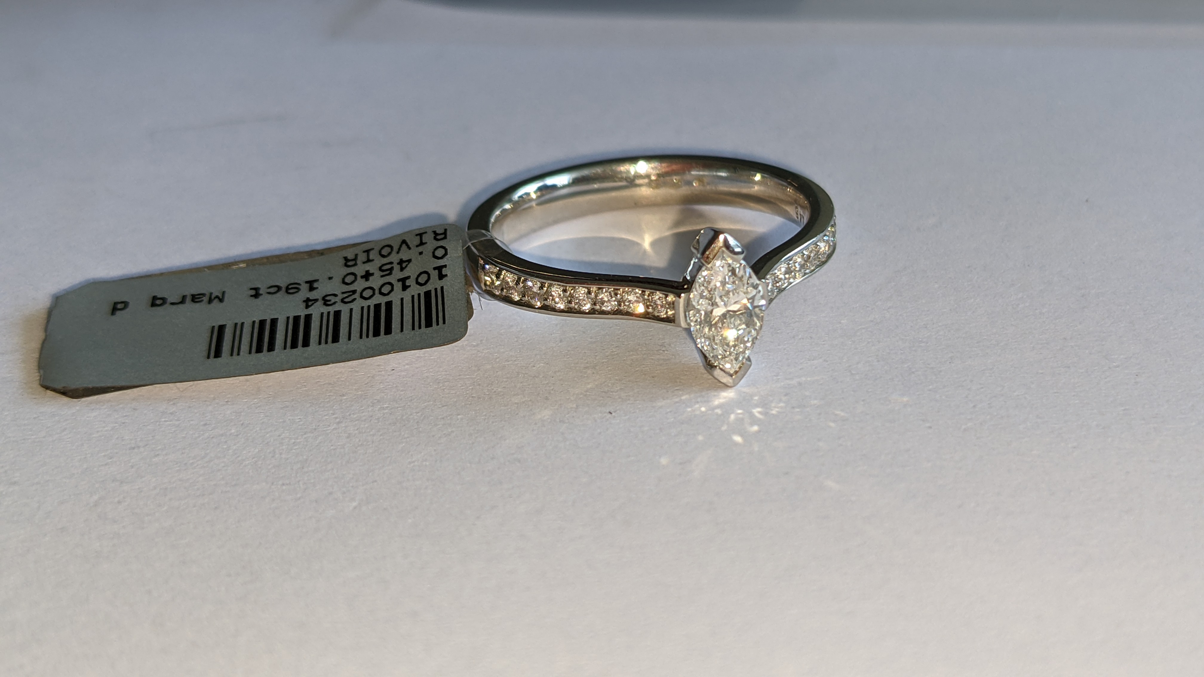 Platinum 950 ring with marquise shaped central diamond plus diamonds on the shoulders either side, t - Image 7 of 16