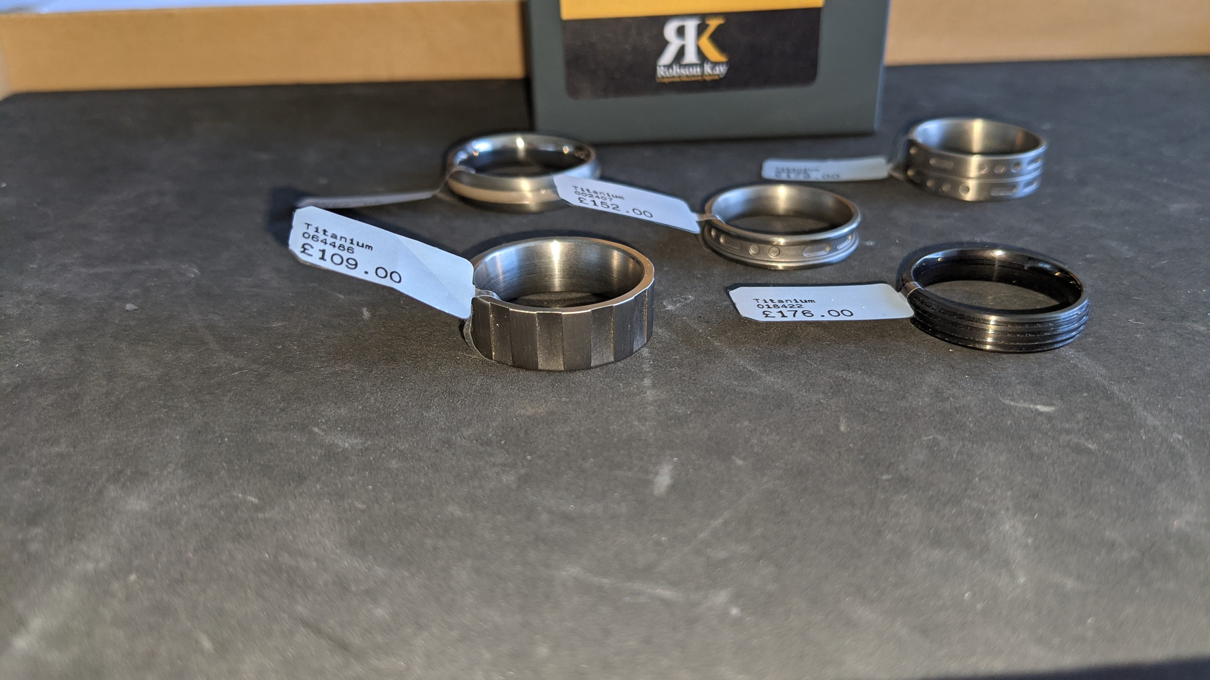 5 off assorted titanium rings with RRP from £109 - £179 per ring. Total RRP is £785 - Image 6 of 13