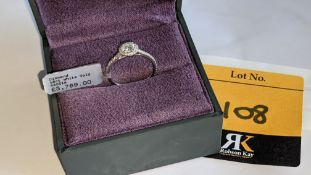 18ct white gold & diamond ring with 0.40ct central stone & 0.45ct of stones in a circle around the c