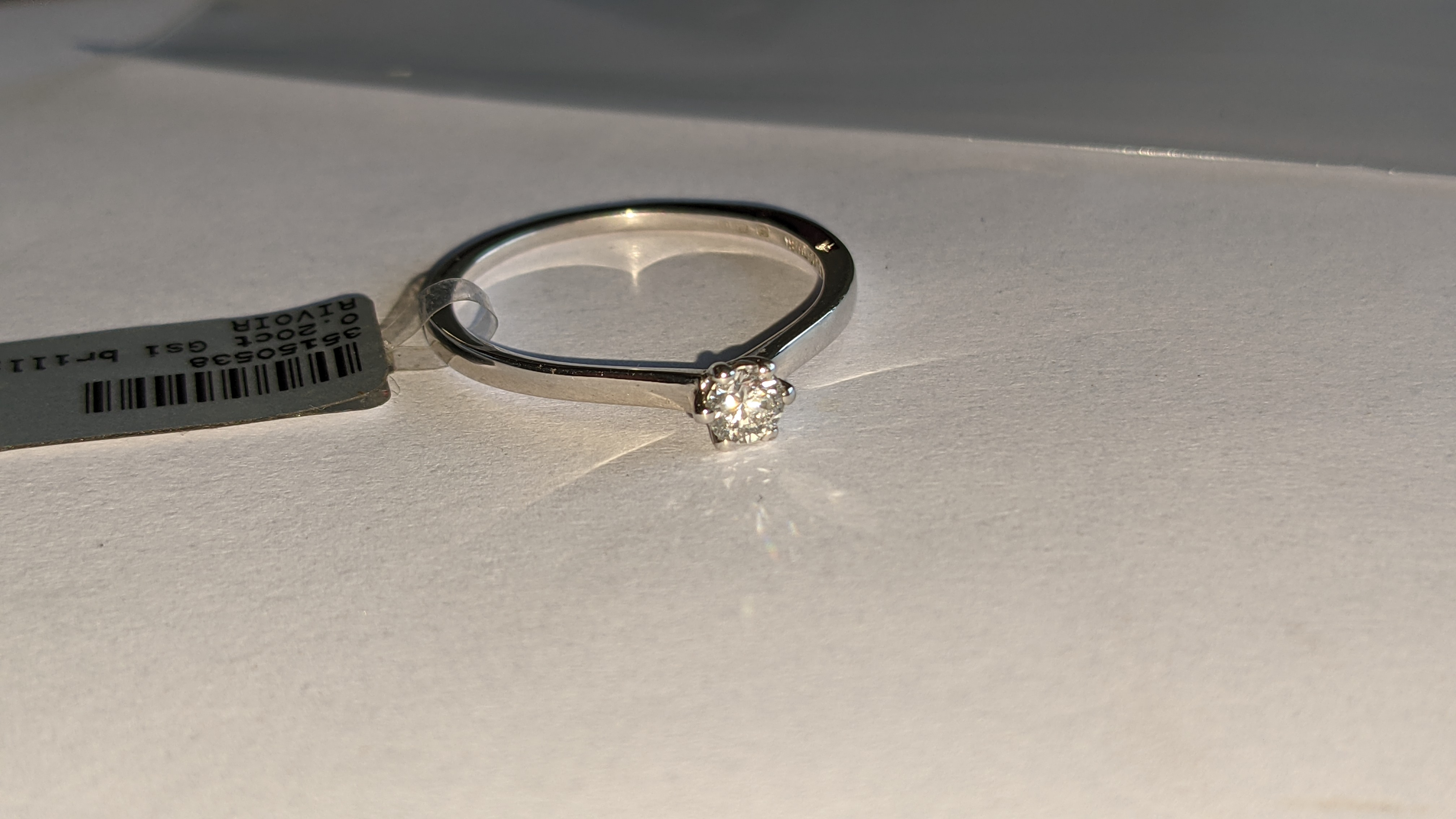 18ct white gold ring with 0.20ct G/Si brilliant cut diamond RRP £1,152 - Image 6 of 16