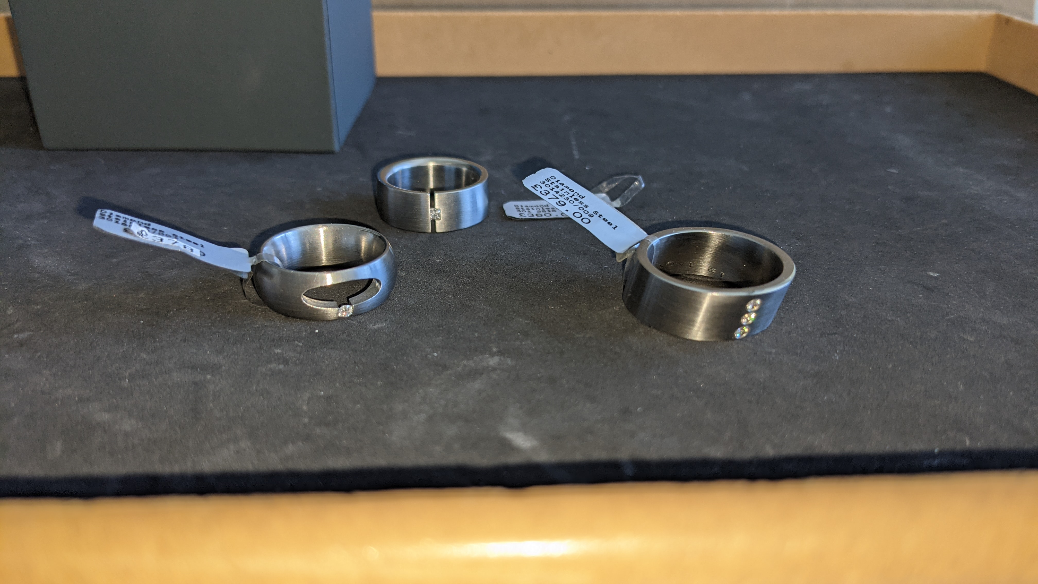 3 off assorted stainless steel & diamond rings with RRPs of £360, £378 & £379. Total RRP £1,117 - Image 11 of 14
