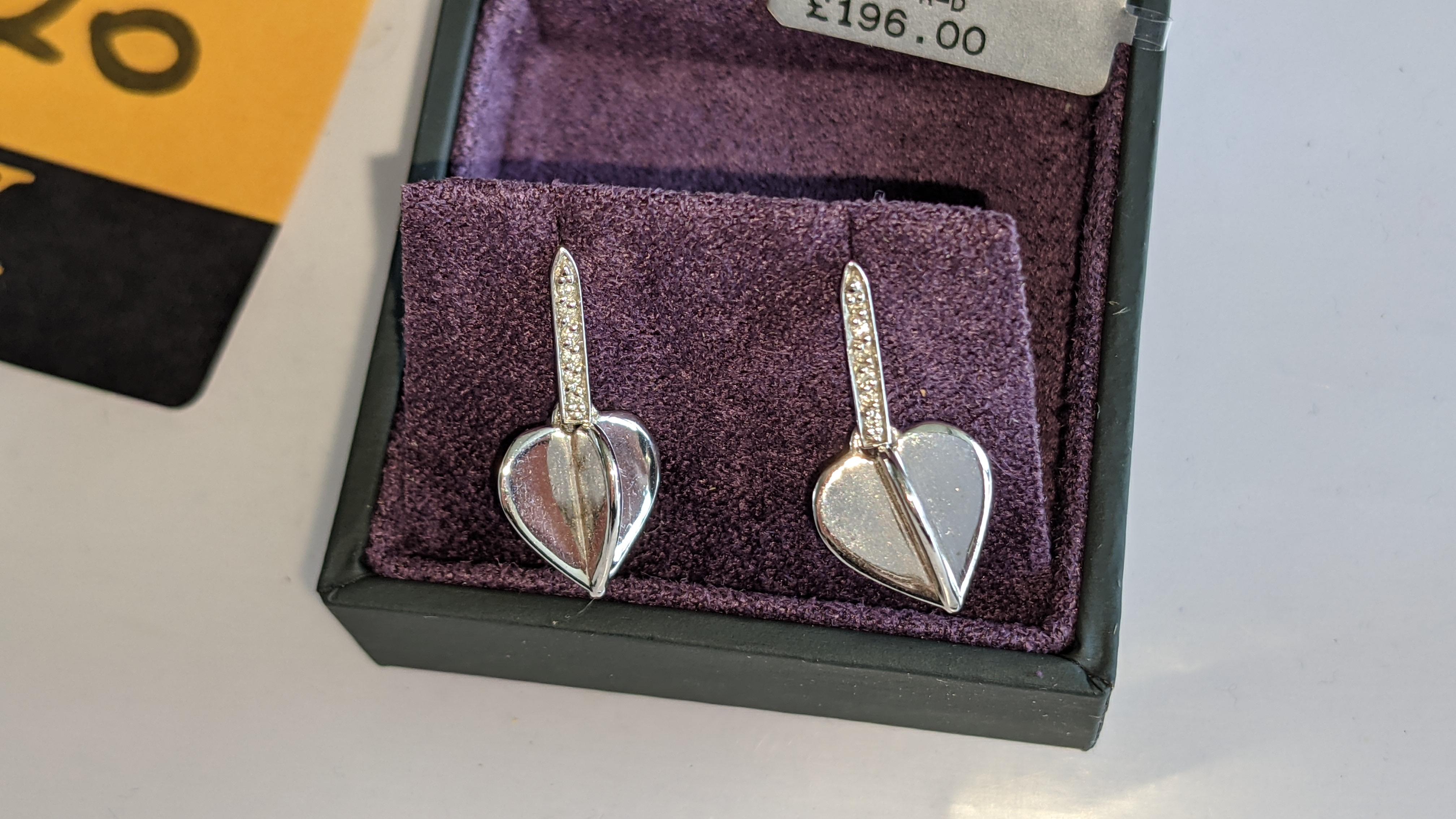 Pair of earrings, retail price £196 - Image 7 of 11