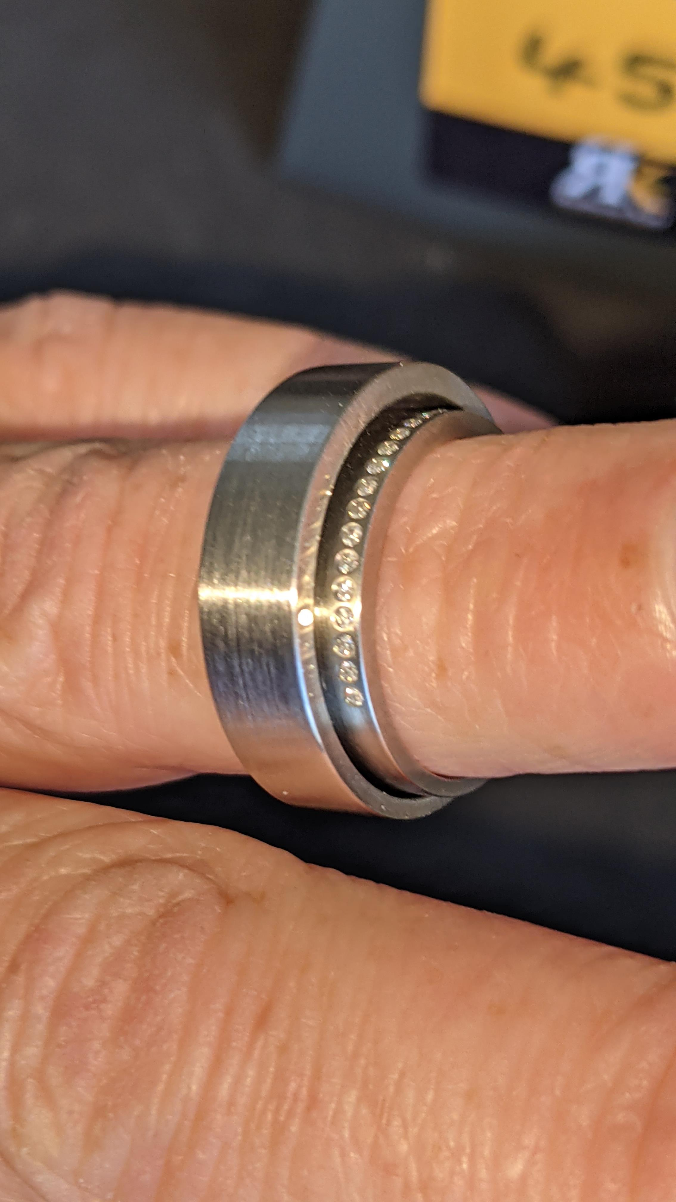 Stainless steel & diamond unusually shaped ring with inner & outer circles joined on one side, RRP £ - Image 9 of 11