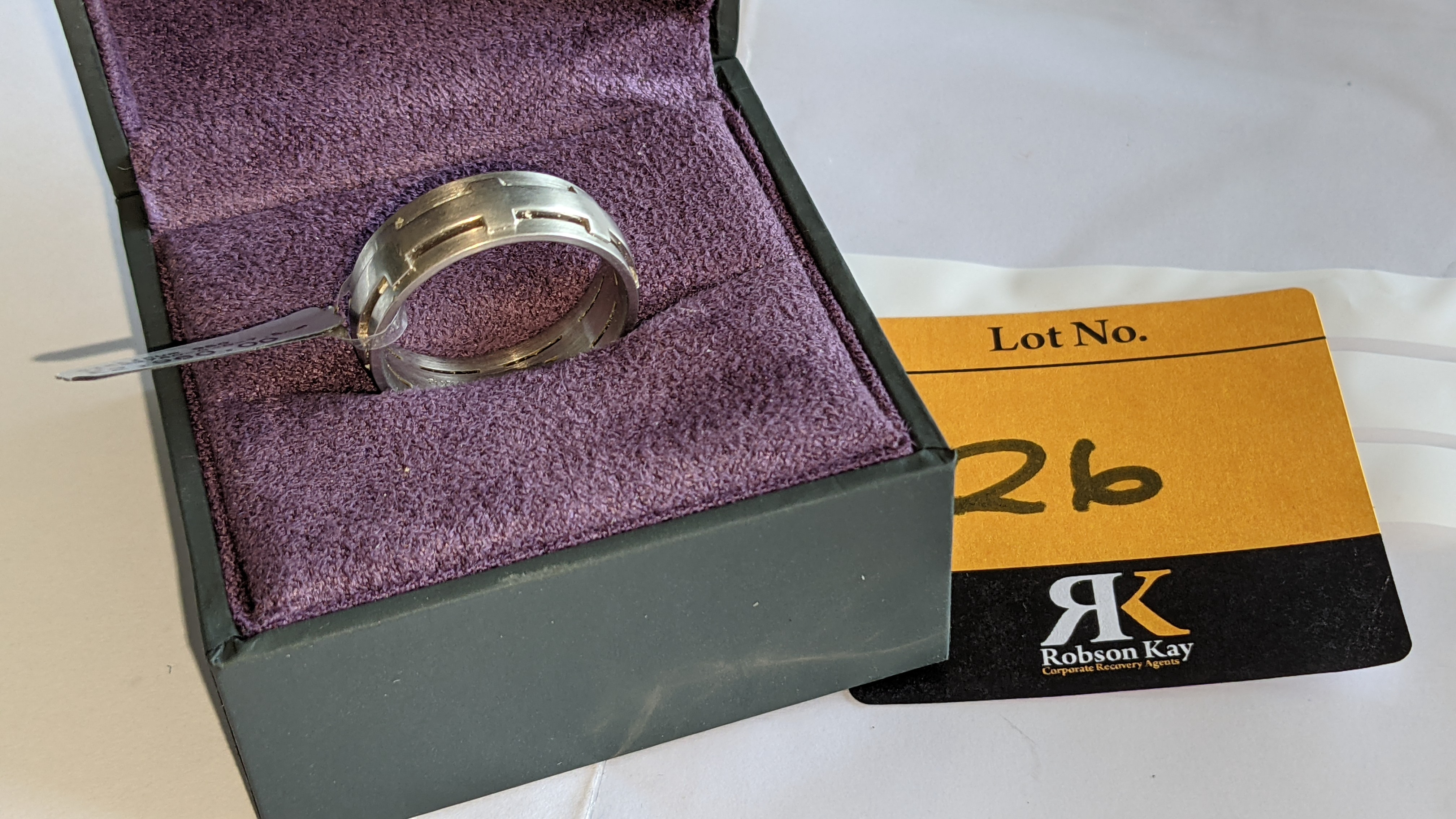 Platinum 950 ring in matt & polished finish, 7.5mm wide. RRP £2,960 - Image 2 of 15