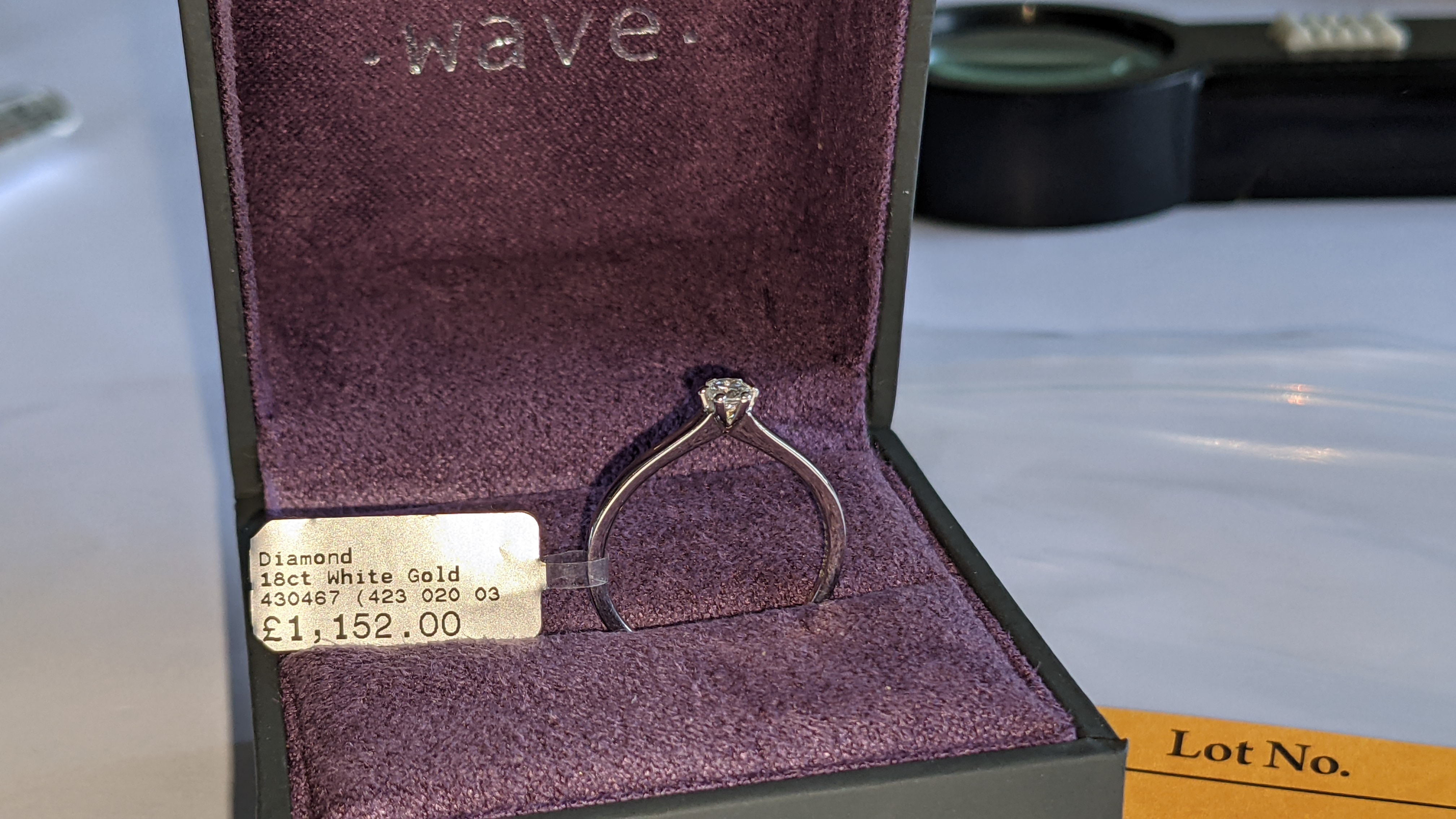 18ct white gold ring with 0.20ct G/Si brilliant cut diamond RRP £1,152 - Image 4 of 16