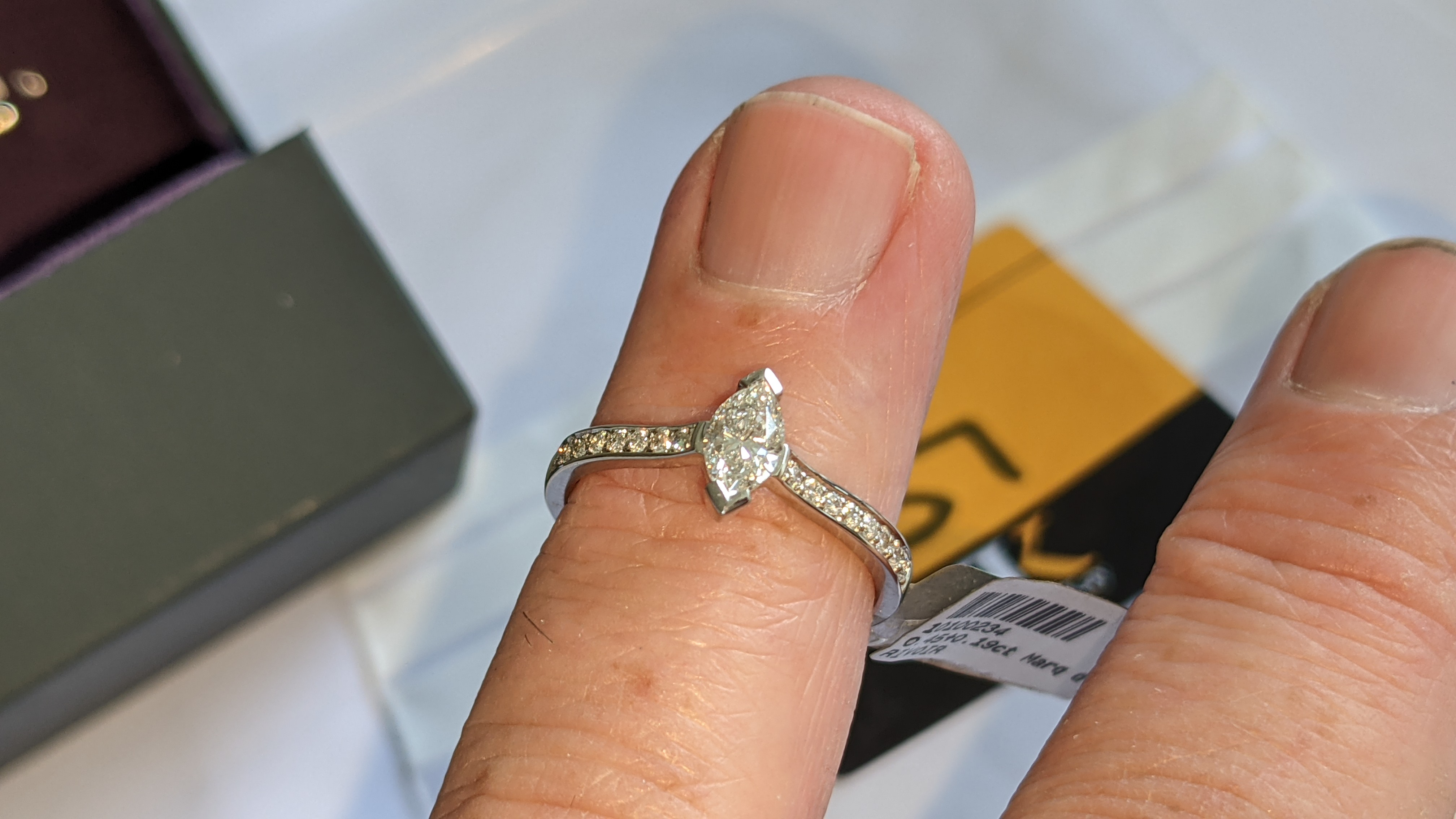 Platinum 950 ring with marquise shaped central diamond plus diamonds on the shoulders either side, t - Image 16 of 16