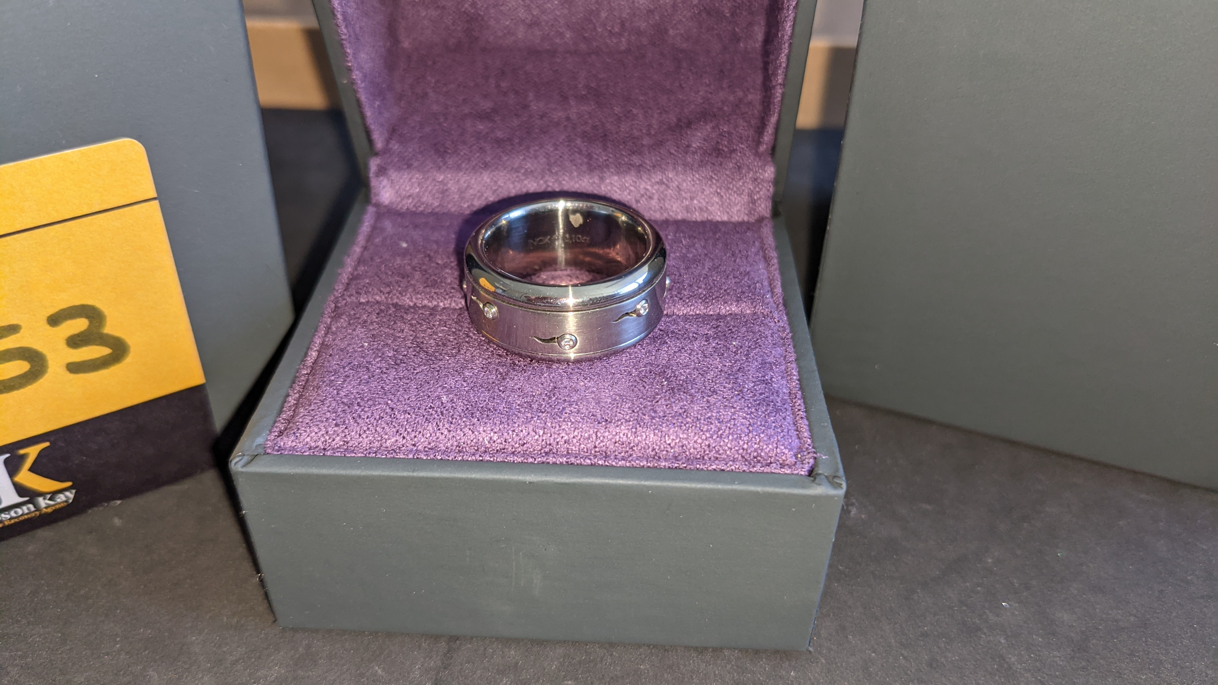 Stainless steel & diamond spin ring RRP £455 - Image 3 of 13
