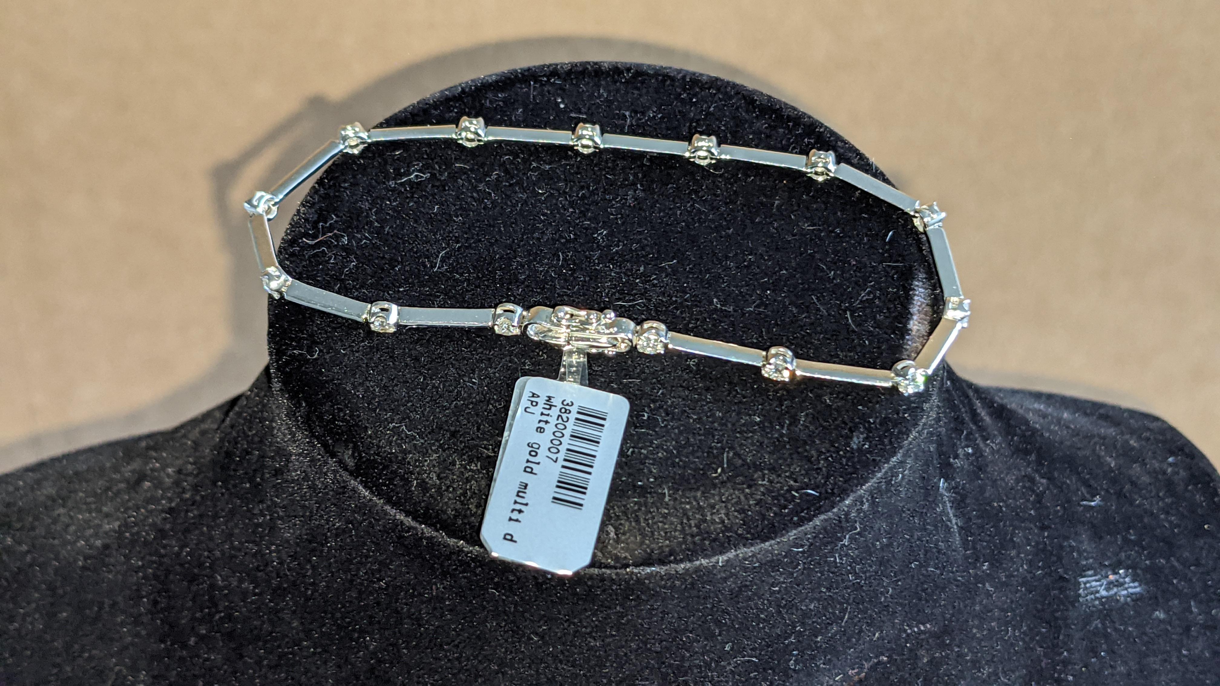 18ct white gold & diamond bracelet RRP £2,480 - Image 6 of 9