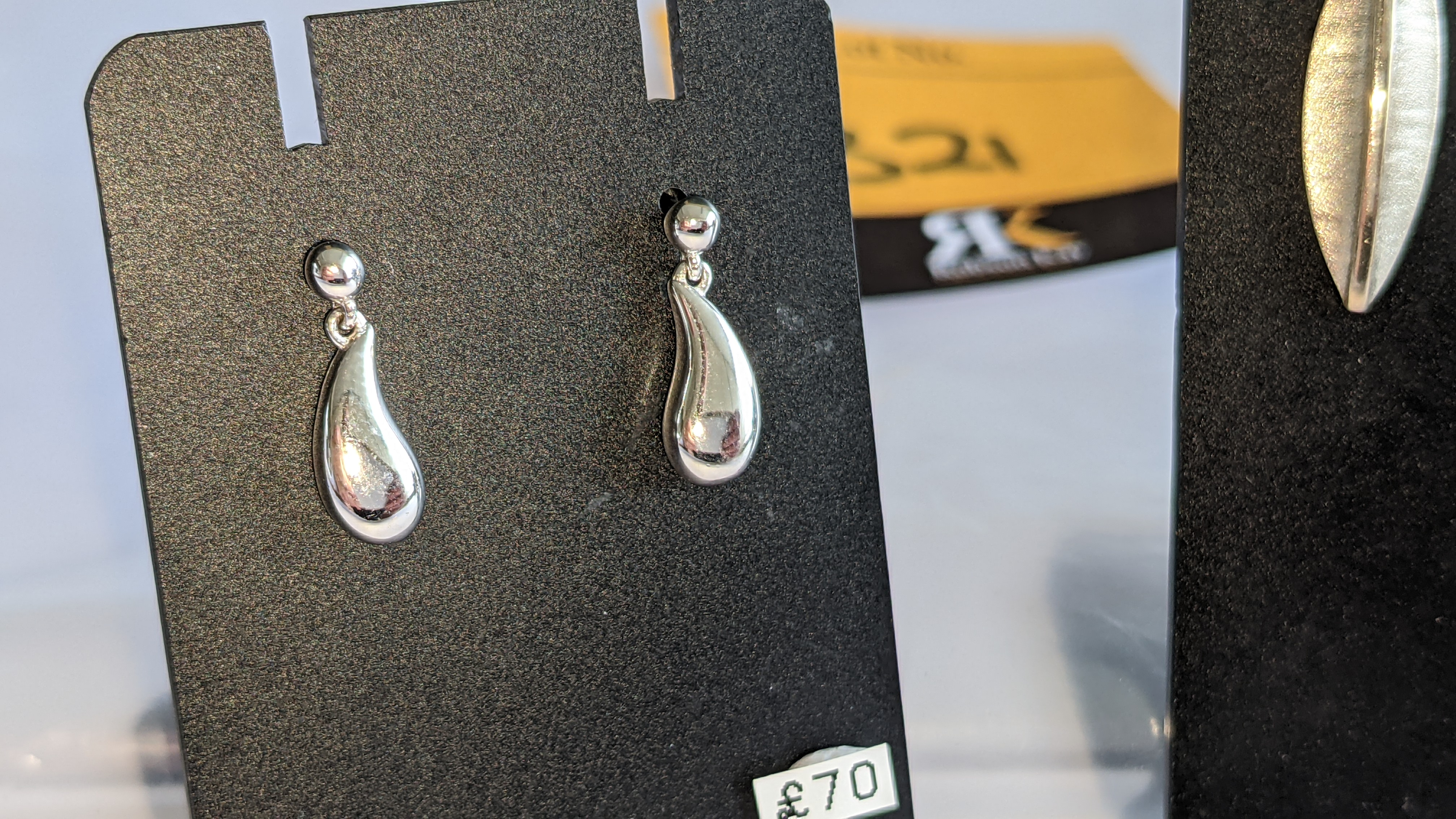 3 assorted pairs of earrings, each with a retail price of £62 - £70 per pair, total RRP £197 - Image 3 of 9
