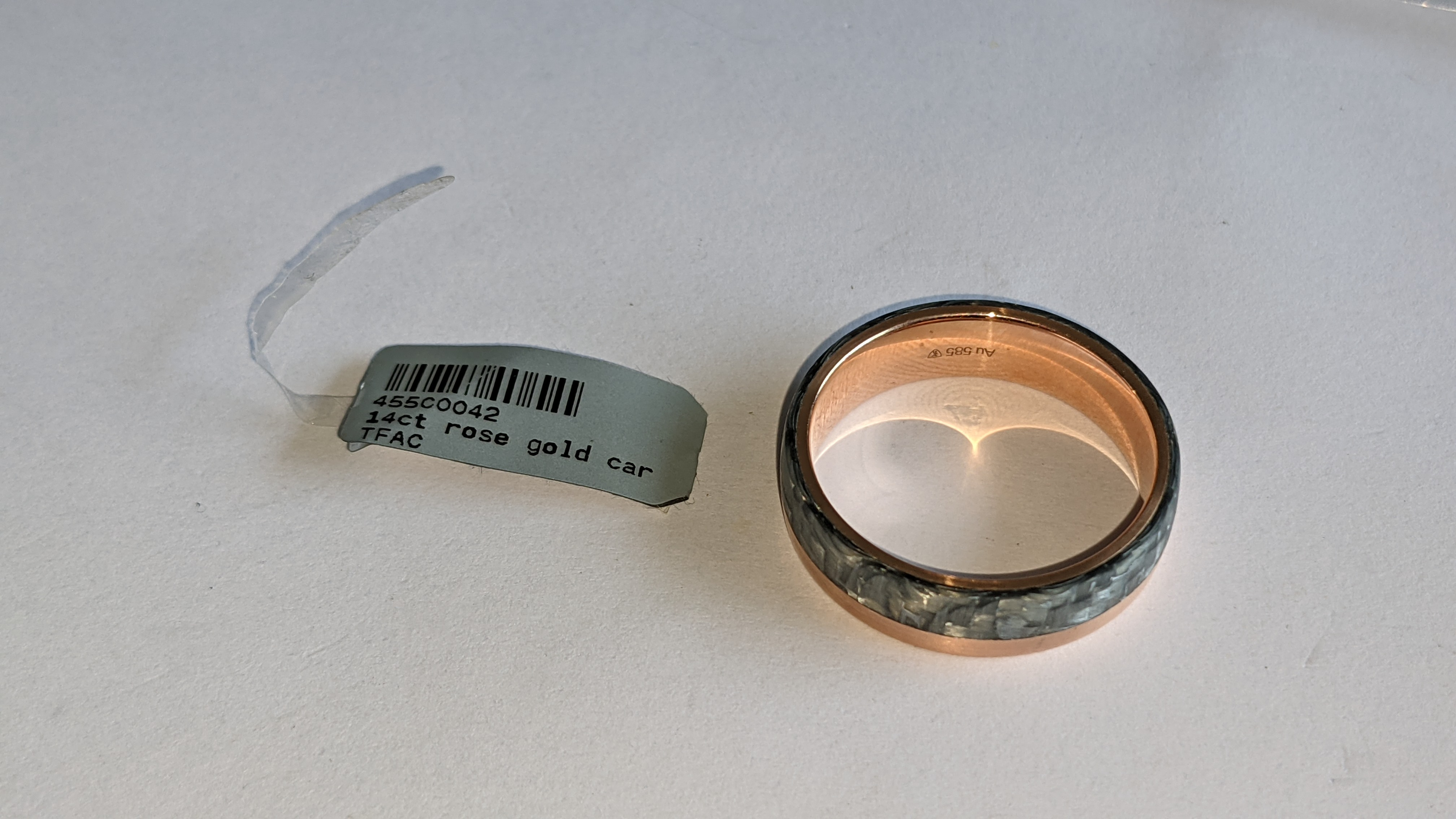Carbon & 14ct rose gold ring RRP £705 - Image 10 of 13