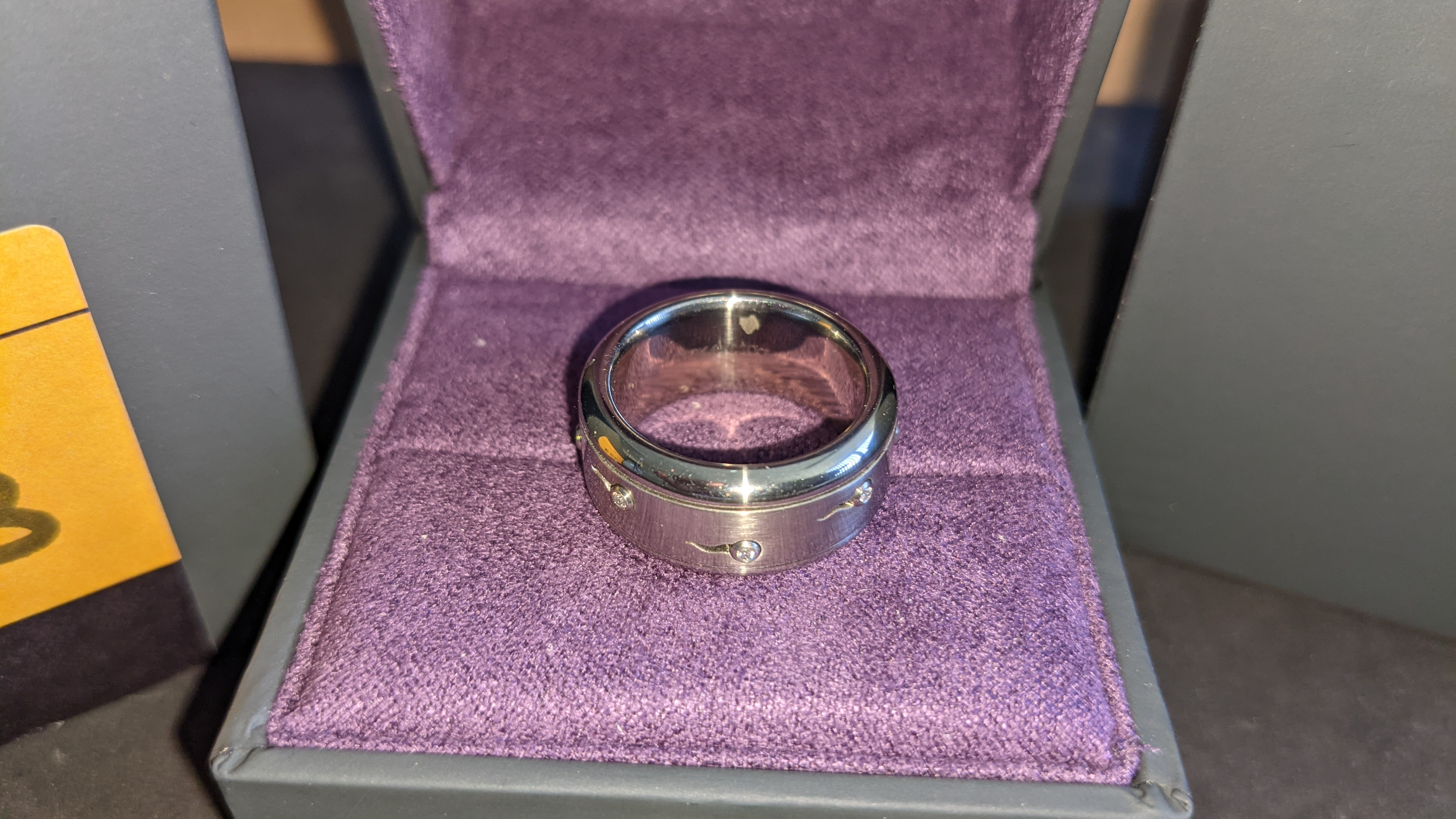 Stainless steel & diamond spin ring RRP £455 - Image 5 of 13