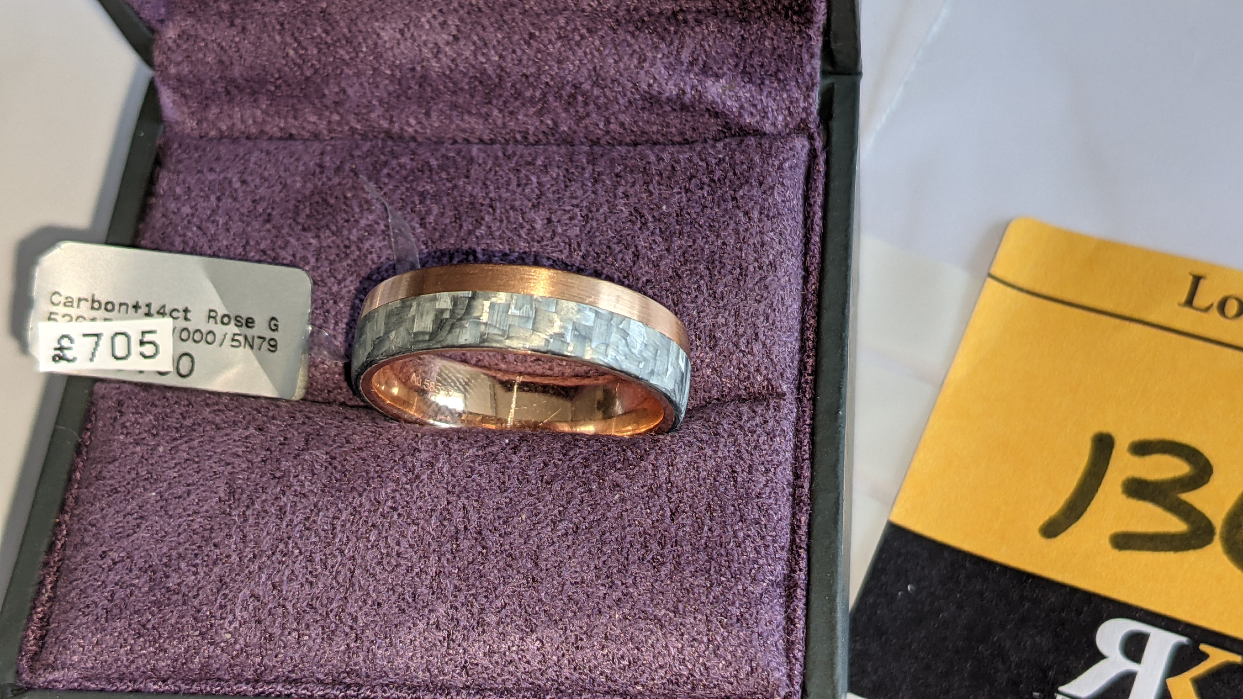 Carbon & 14ct rose gold ring RRP £705 - Image 5 of 13
