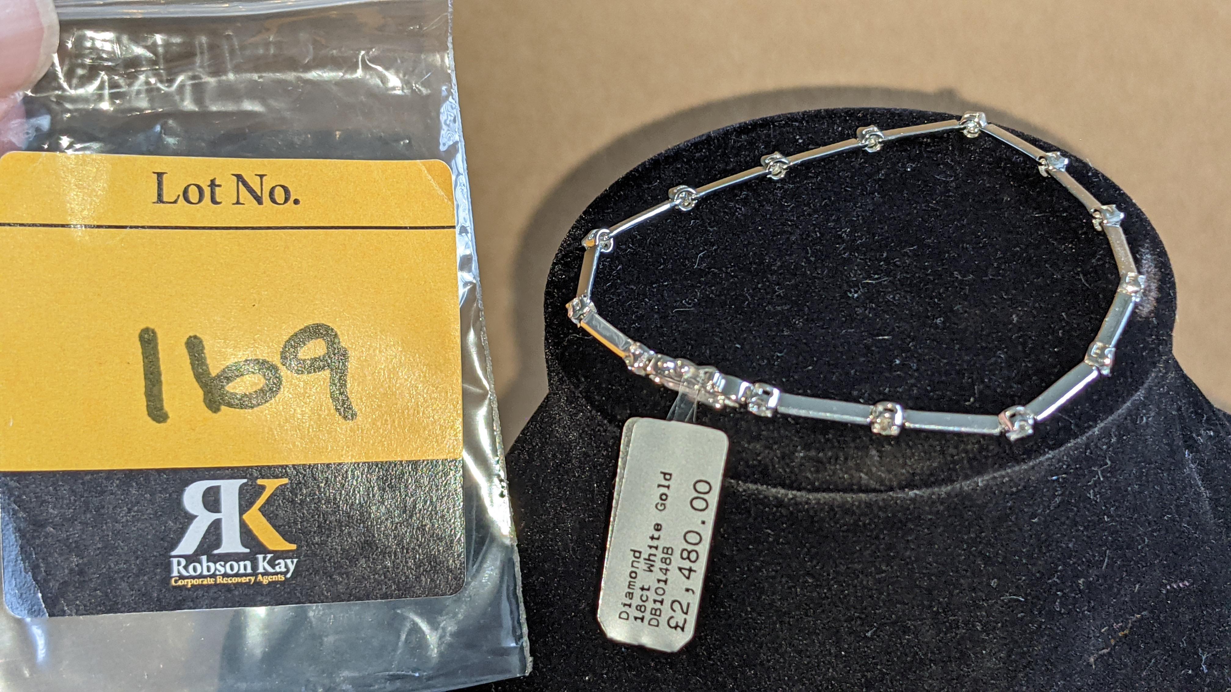 18ct white gold & diamond bracelet RRP £2,480 - Image 2 of 9
