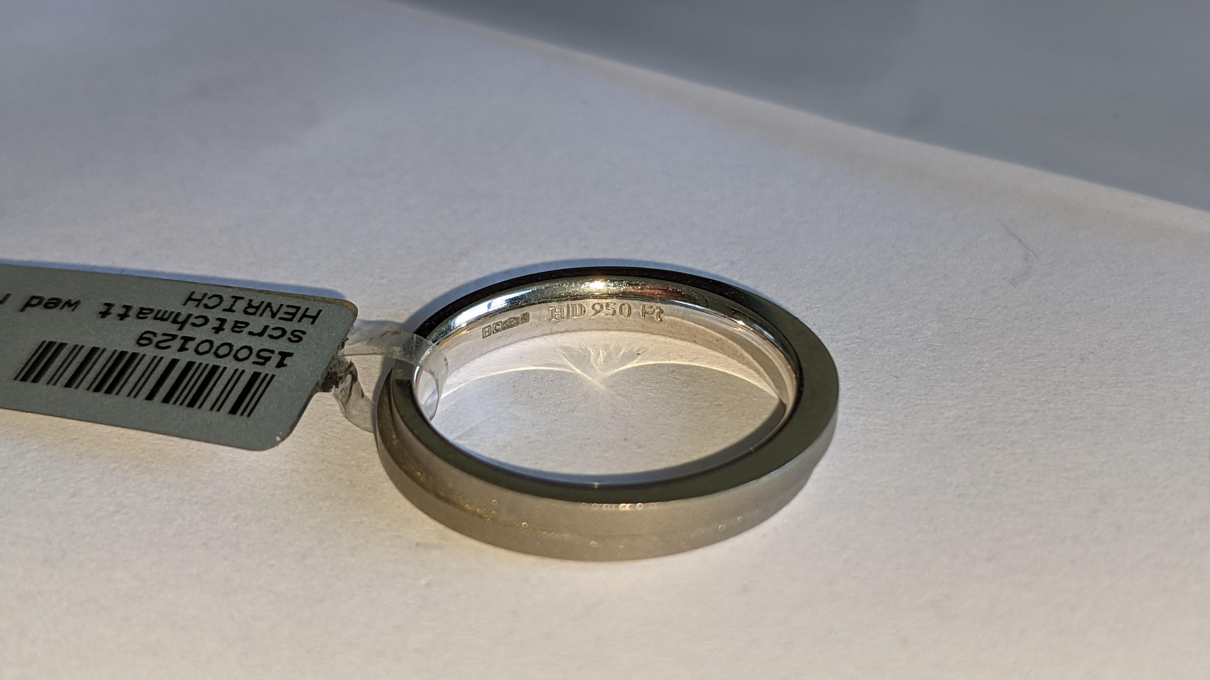 Platinum 950 wedding ring. RRP £1,120 - Image 9 of 13