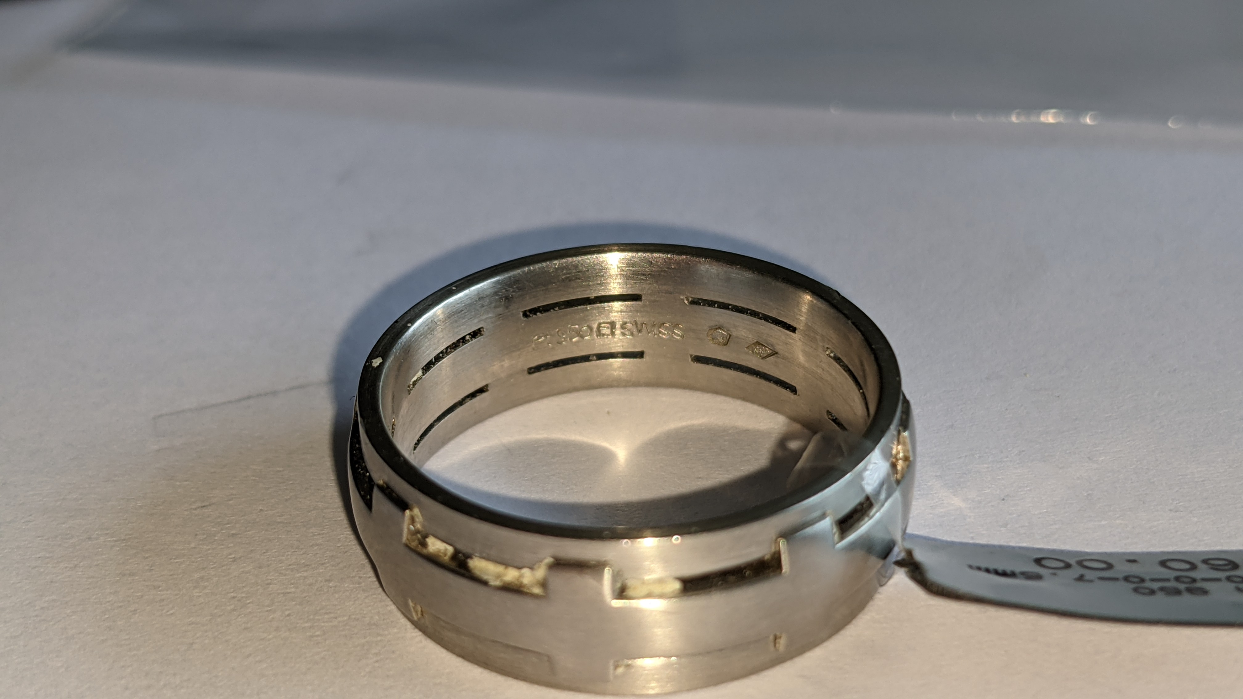 Platinum 950 ring in matt & polished finish, 7.5mm wide. RRP £2,960 - Image 11 of 15