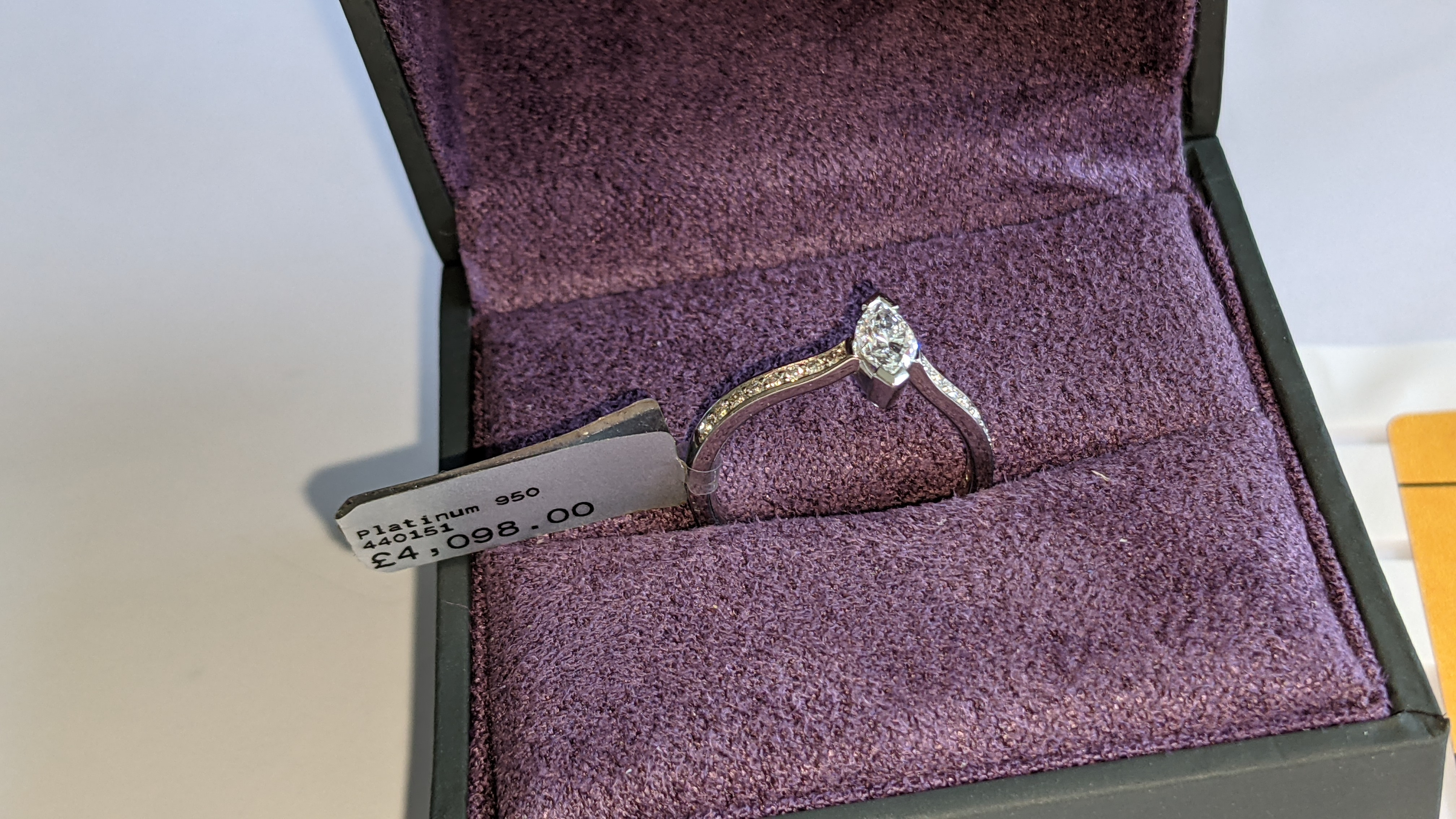 Platinum 950 ring with marquise shaped central diamond plus diamonds on the shoulders either side, t - Image 2 of 16
