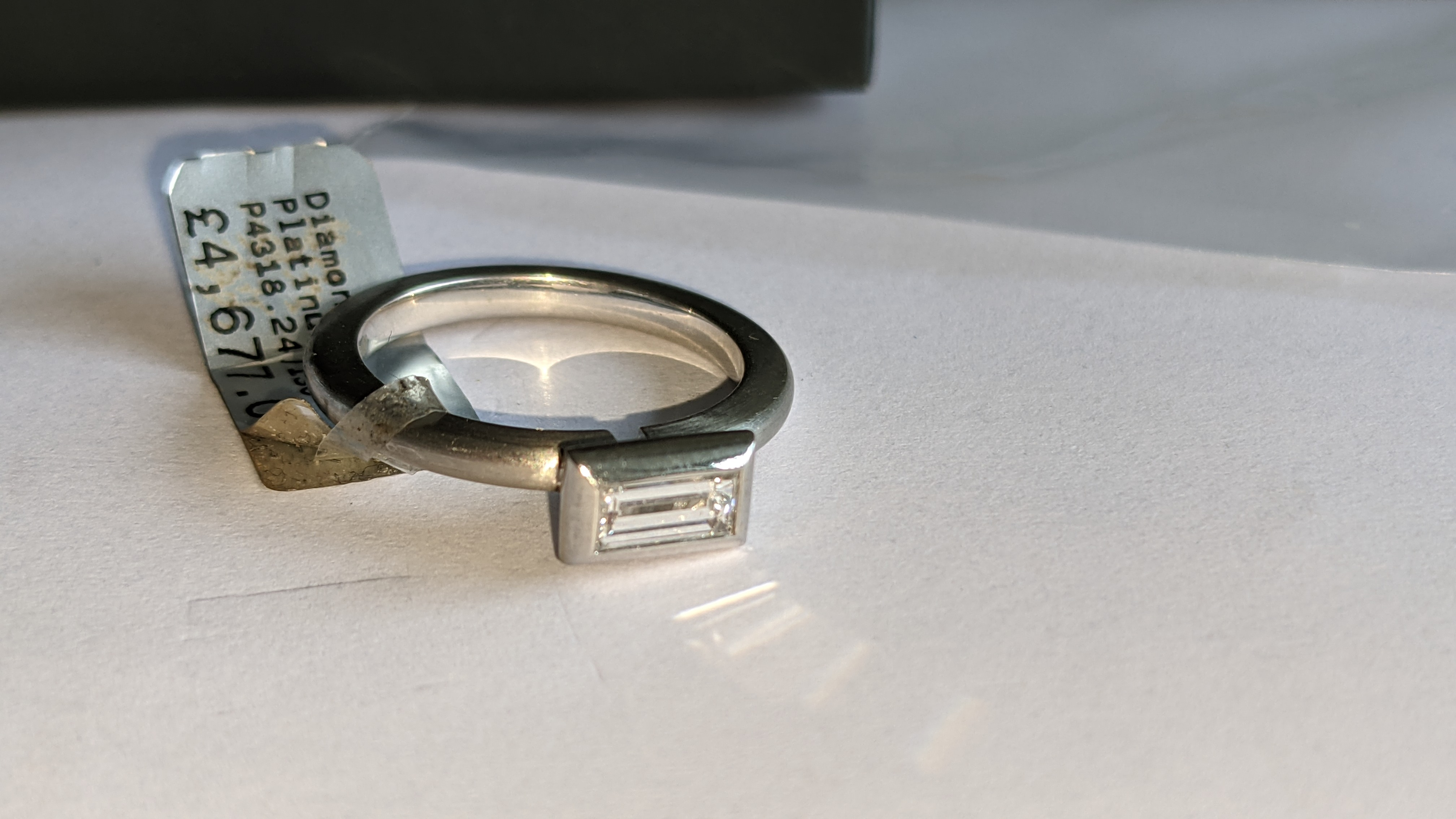 Modern platinum 950 & diamond ring with 0.42ct centrally mounted stone. RRP £4,677 - Image 9 of 18
