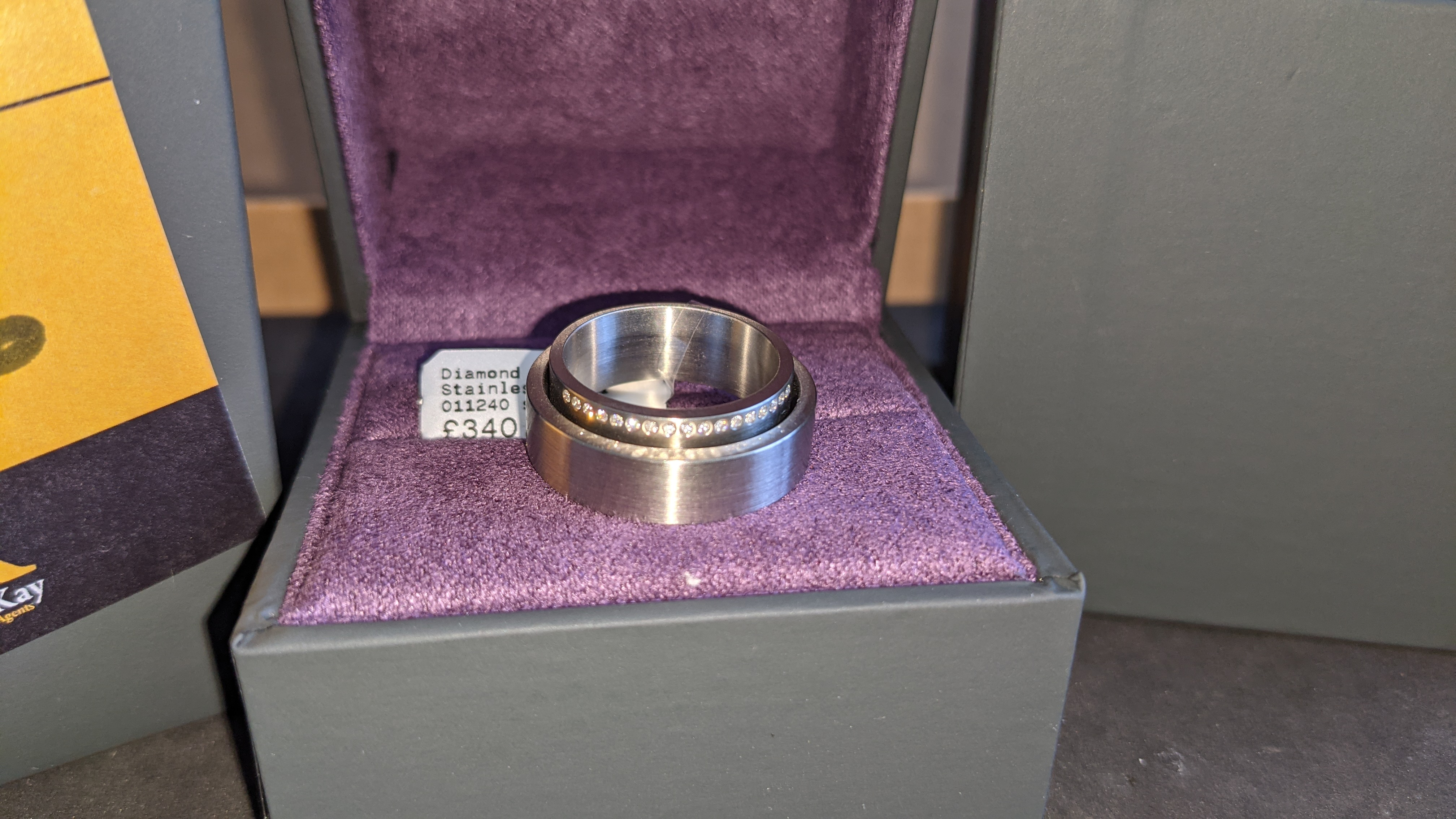 Stainless steel & diamond unusually shaped ring with inner & outer circles joined on one side, RRP £ - Image 5 of 11