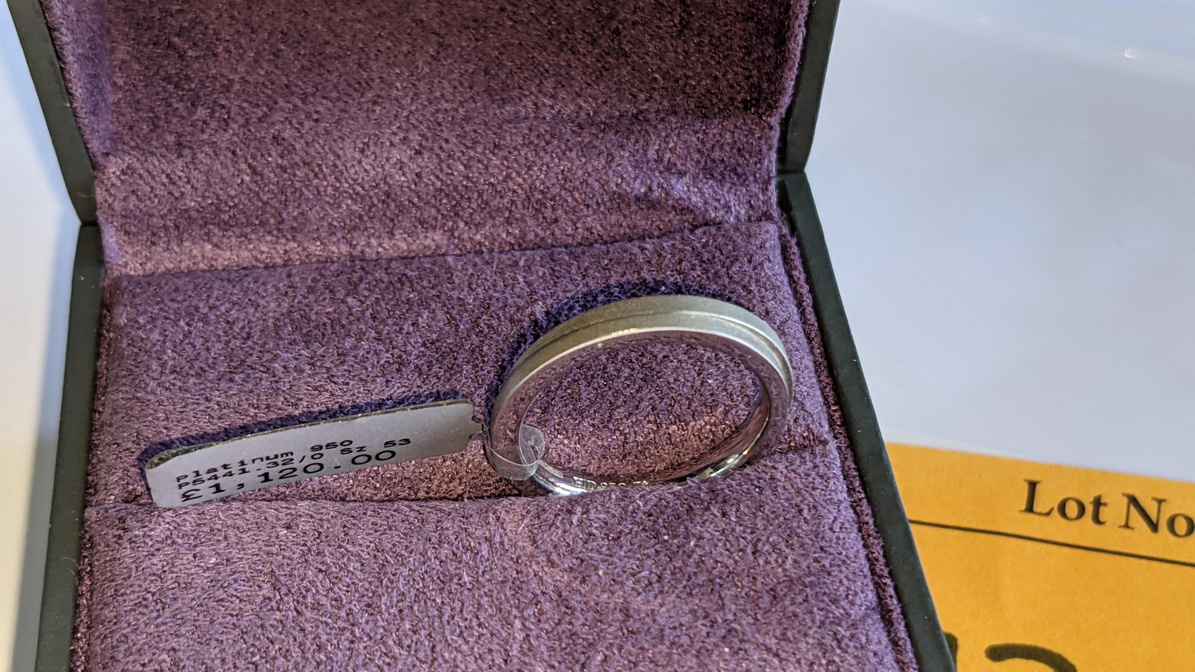 Platinum 950 wedding ring. RRP £1,120 - Image 3 of 13