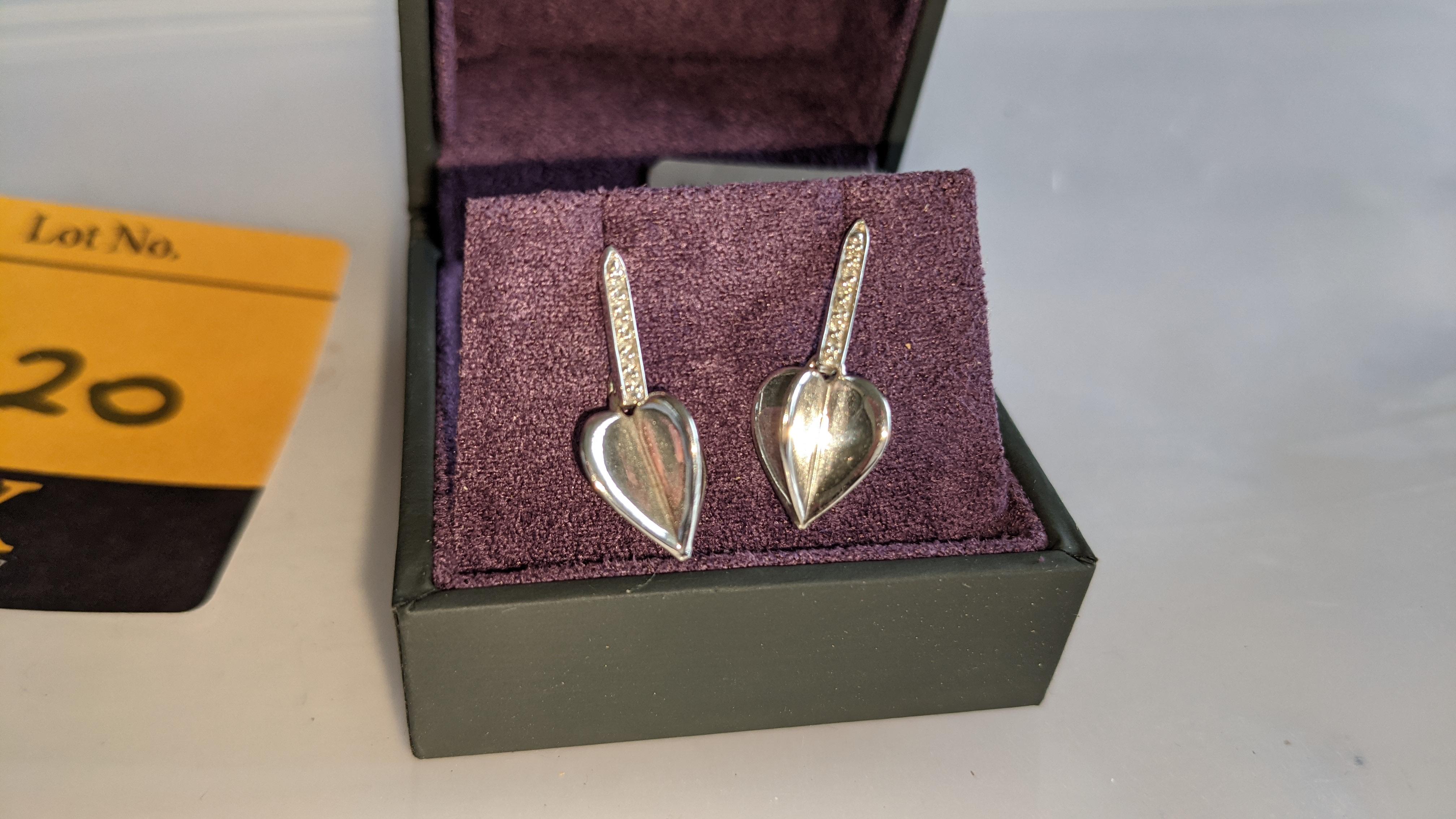 Pair of earrings, retail price £196 - Image 3 of 11