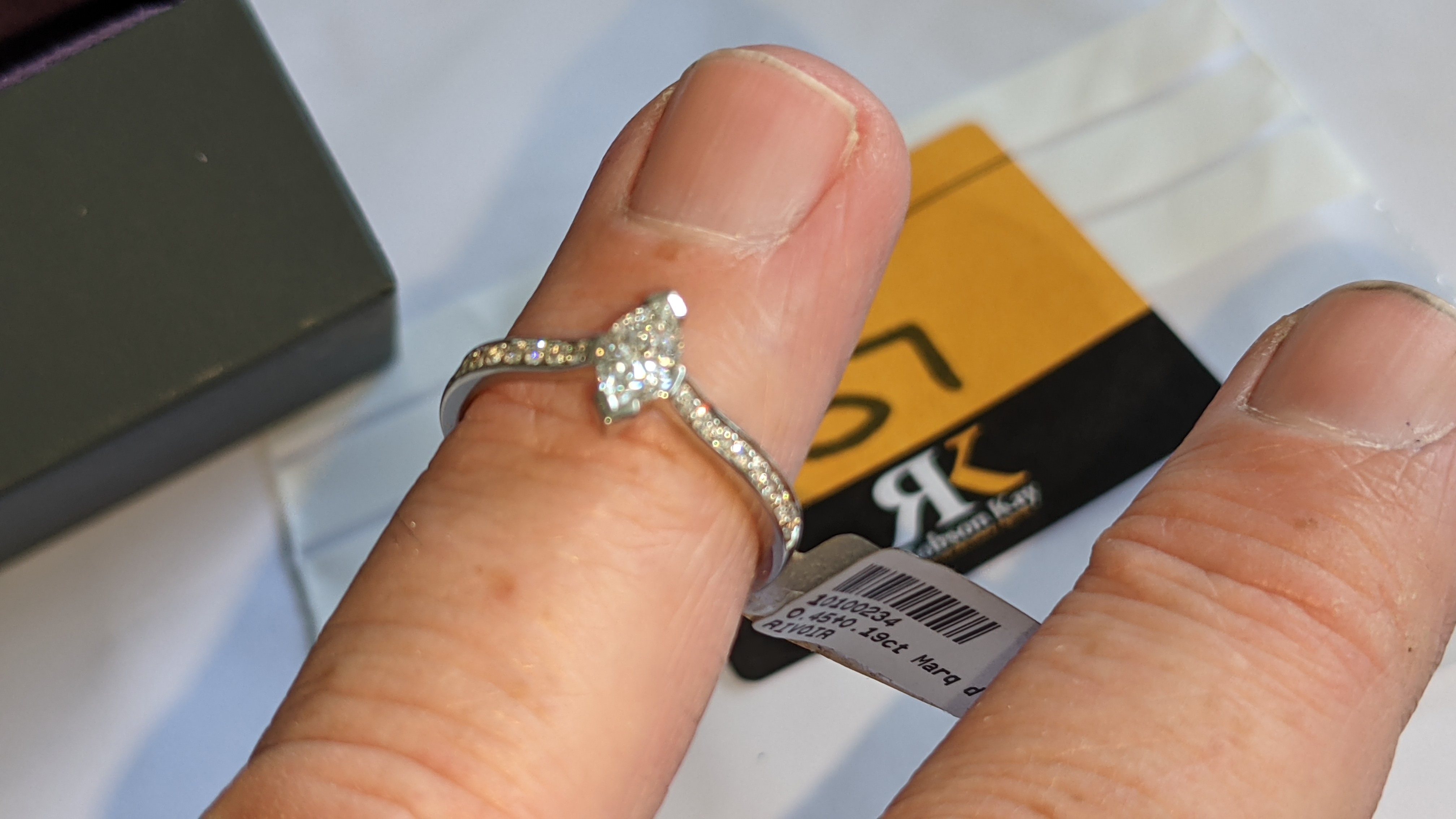 Platinum 950 ring with marquise shaped central diamond plus diamonds on the shoulders either side, t - Image 14 of 16