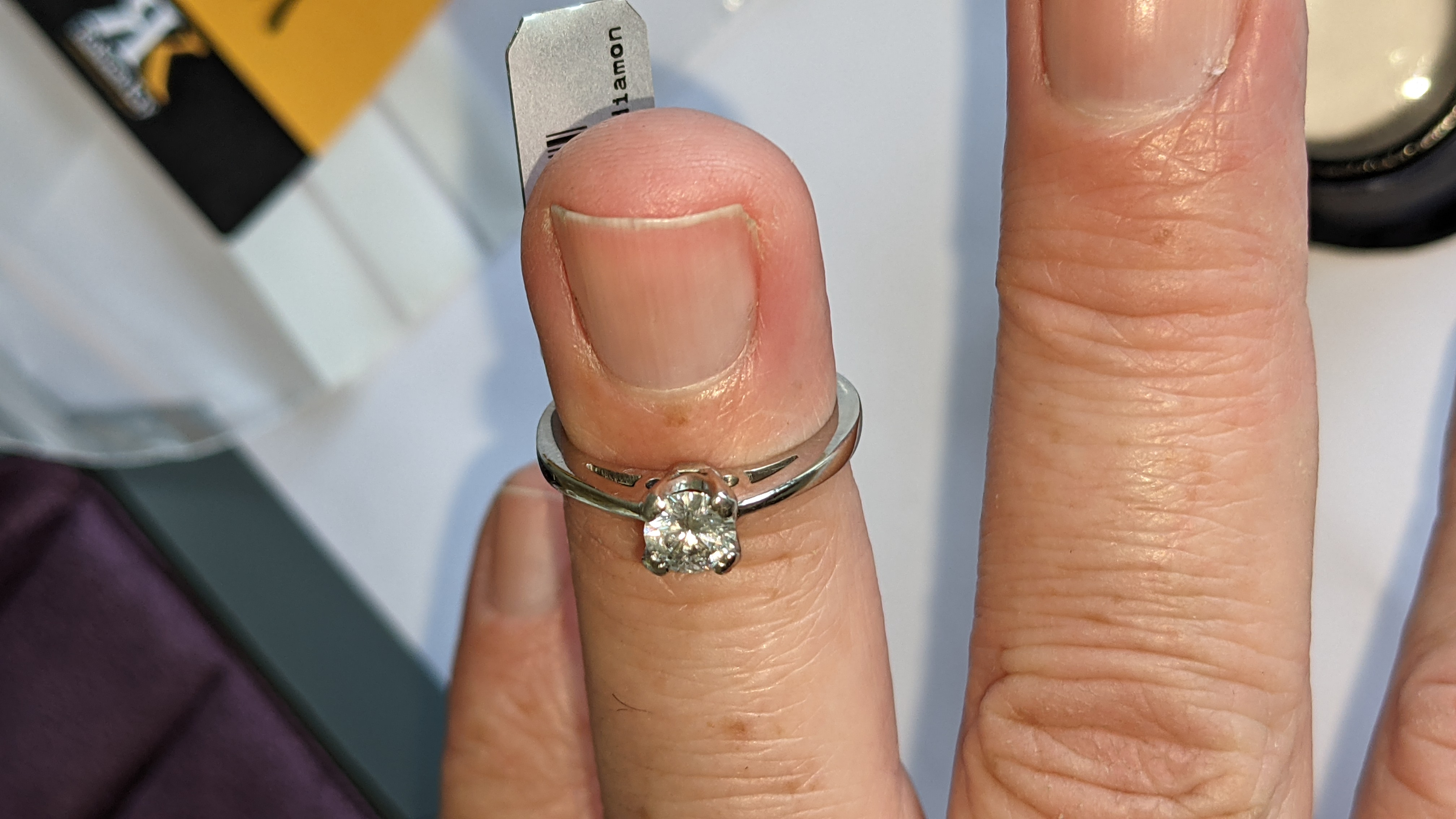Platinum 950 ring with 0.50ct diamond. Includes diamond report/certification indicating the central - Image 15 of 25