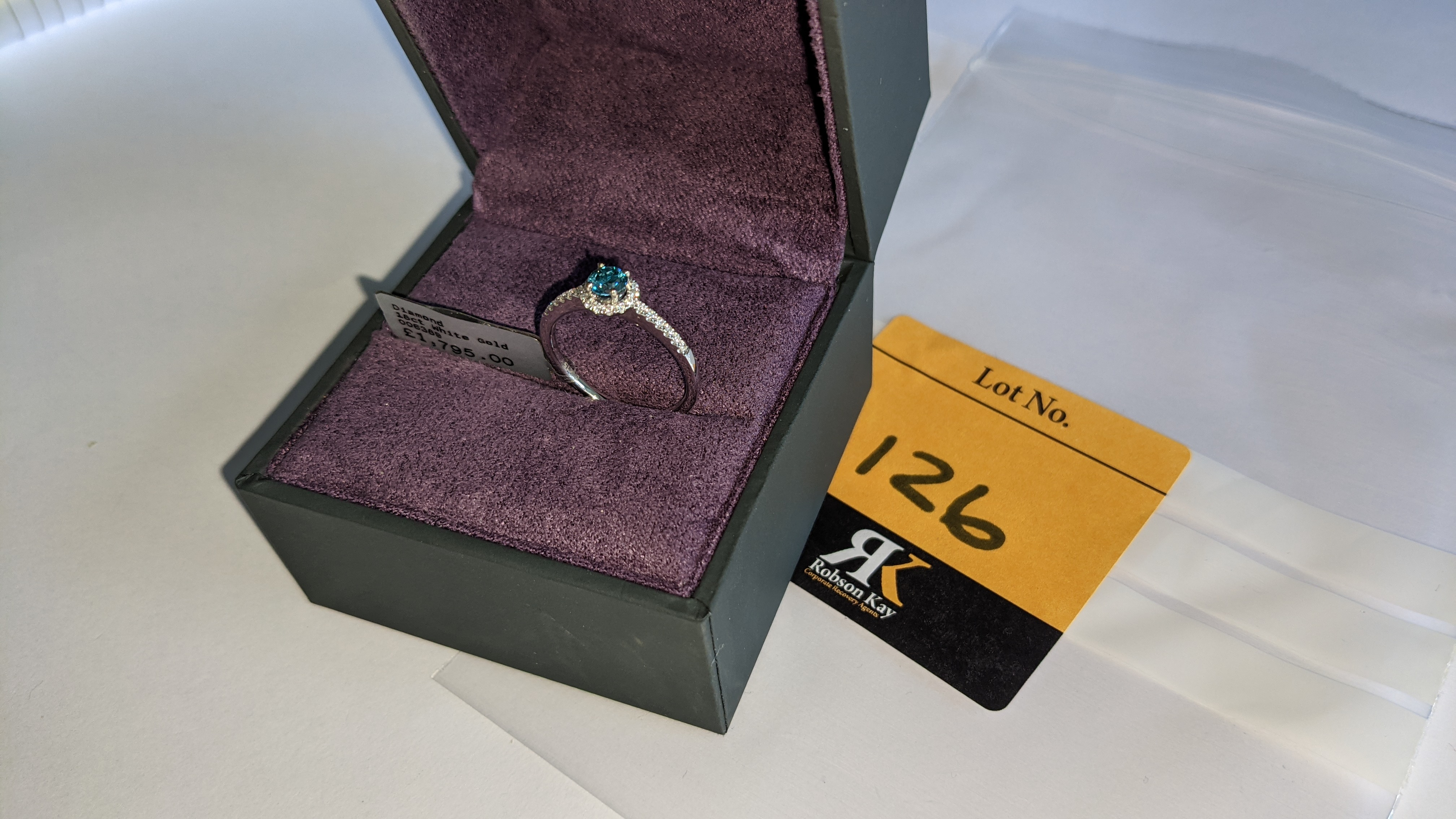 18ct white gold & diamond ring with 0.30ct blue diamond & 0.1ct of additional diamonds around the ce - Image 6 of 19