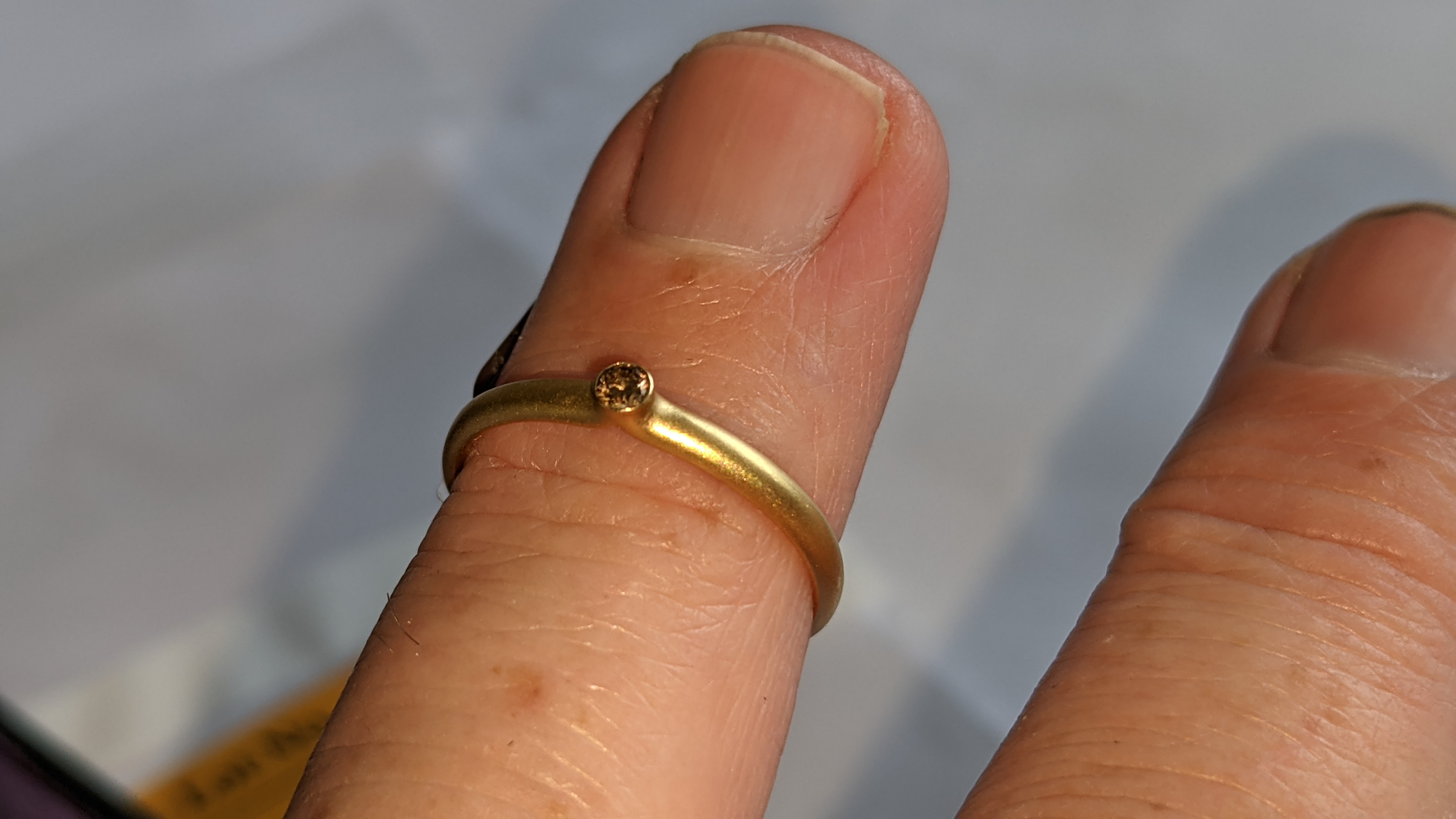 18ct yellow gold & champagne diamond ring RRP £695 - Image 10 of 14
