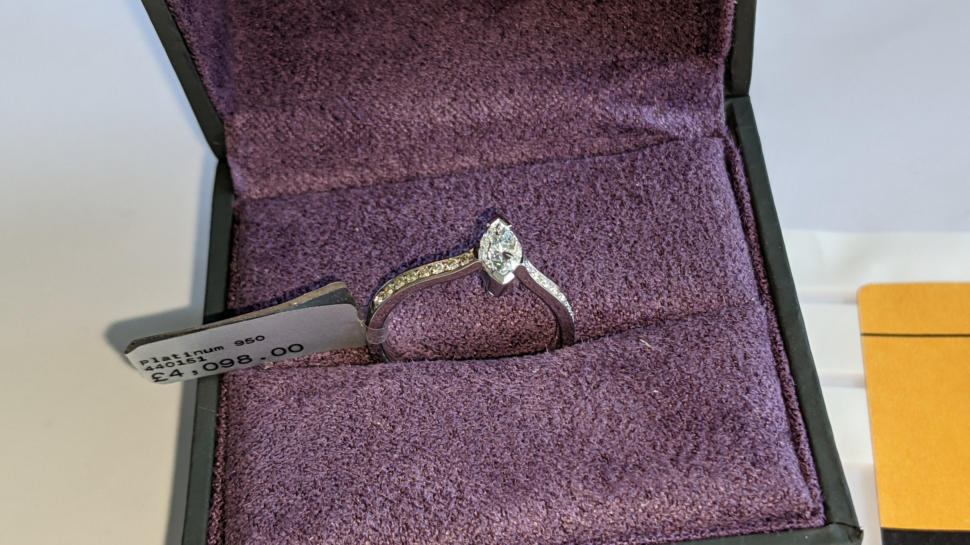 Platinum 950 ring with marquise shaped central diamond plus diamonds on the shoulders either side, t - Image 4 of 16