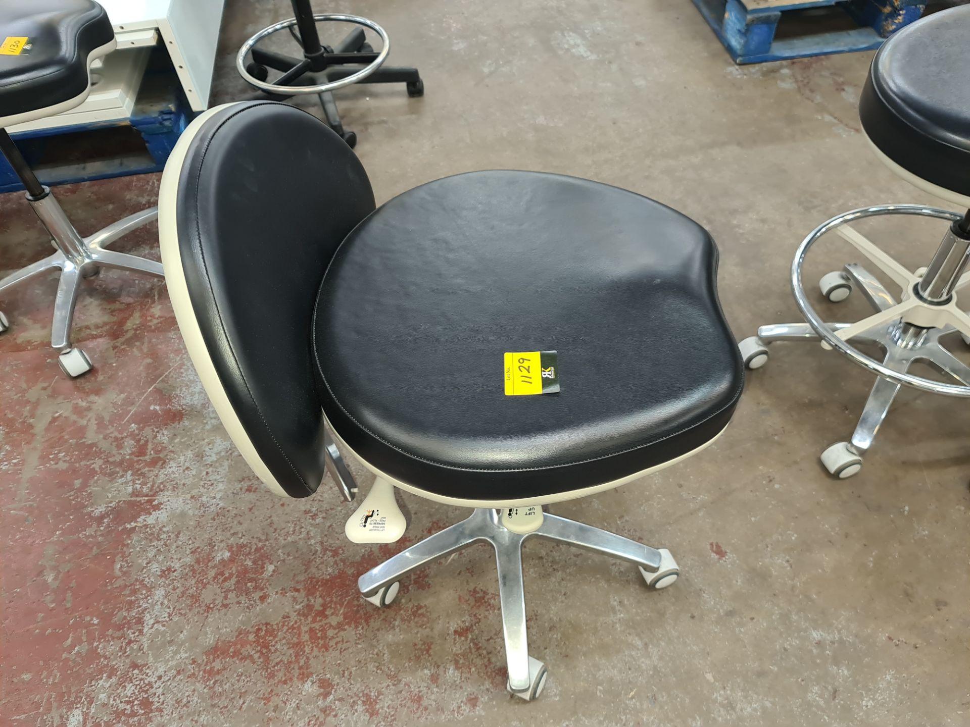Murray multi-adjustable dental stool - Image 5 of 5