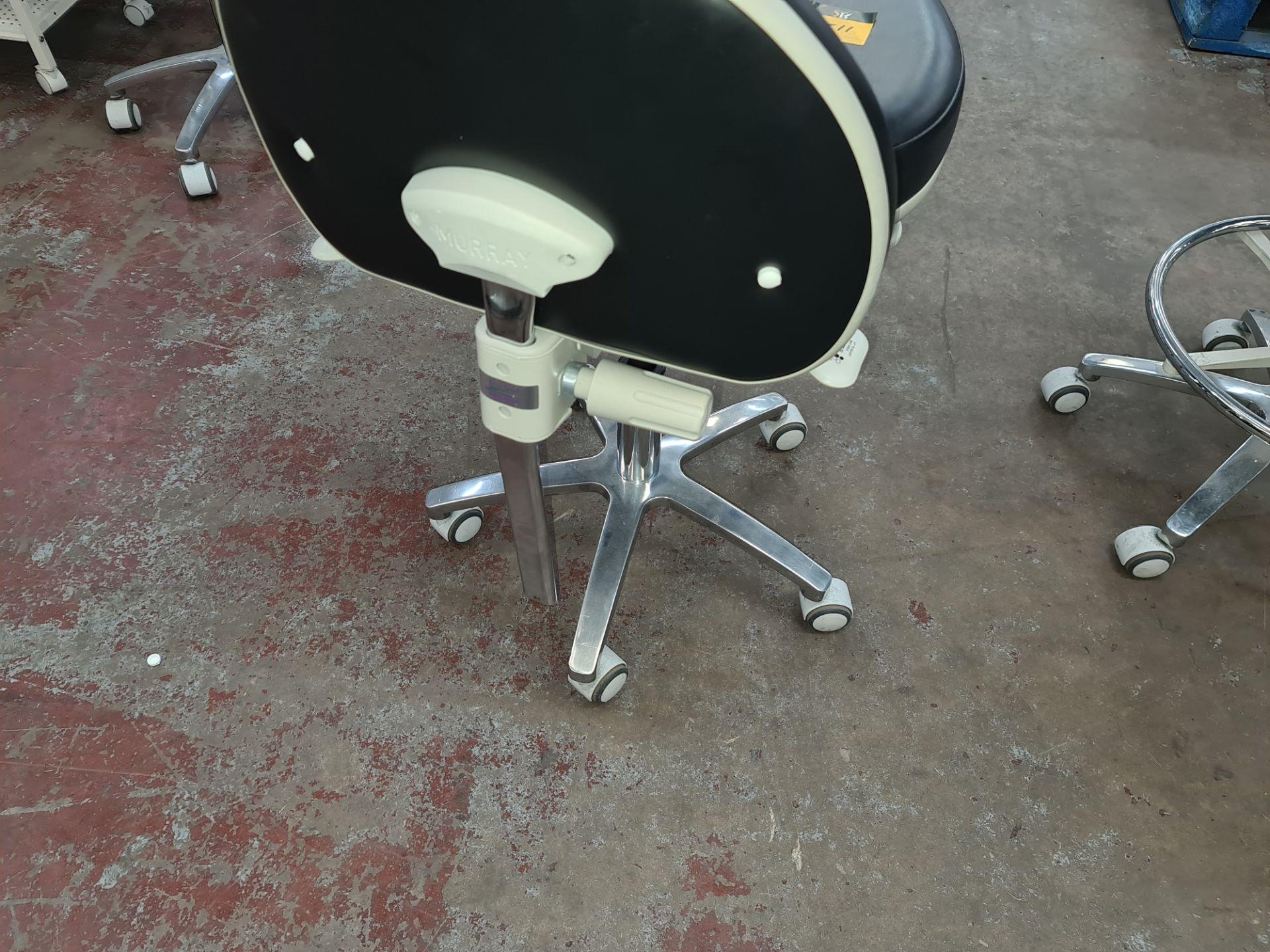 Murray multi-adjustable dental stool - Image 3 of 5