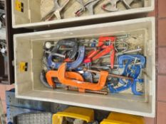 Contents of a crate of assorted clamps - crate excluded