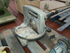 Wickes 1,050w compound mitre saw