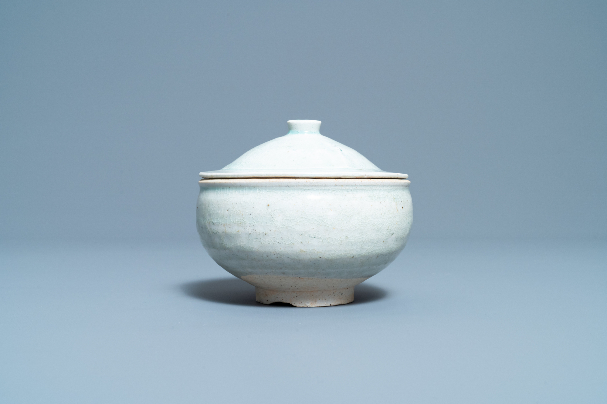 A Chinese qingbai molded 'fish' dish and a bowl with cover, Song/Yuan - Image 9 of 11