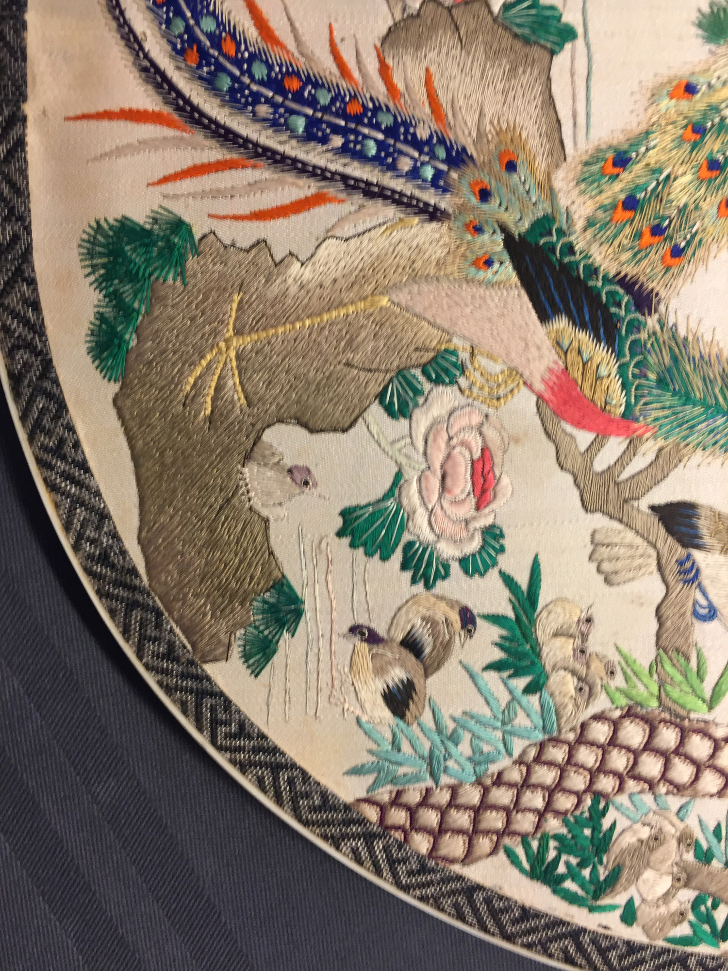 Two Chinese embroidered silk pien mien fans with ivory handle, 18/19th C. - Image 36 of 61