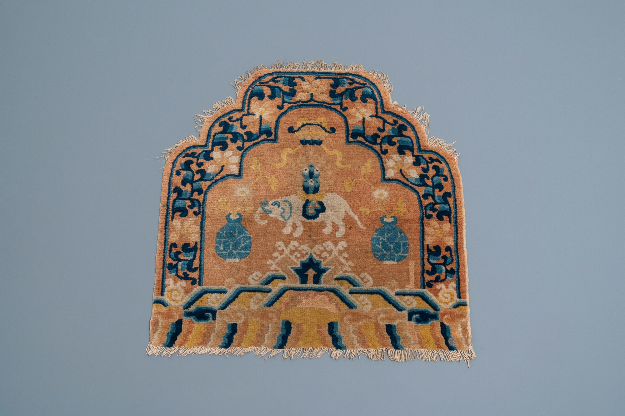 A Chinese Ningxia throne back cover carpet with an elephant, 19th C.