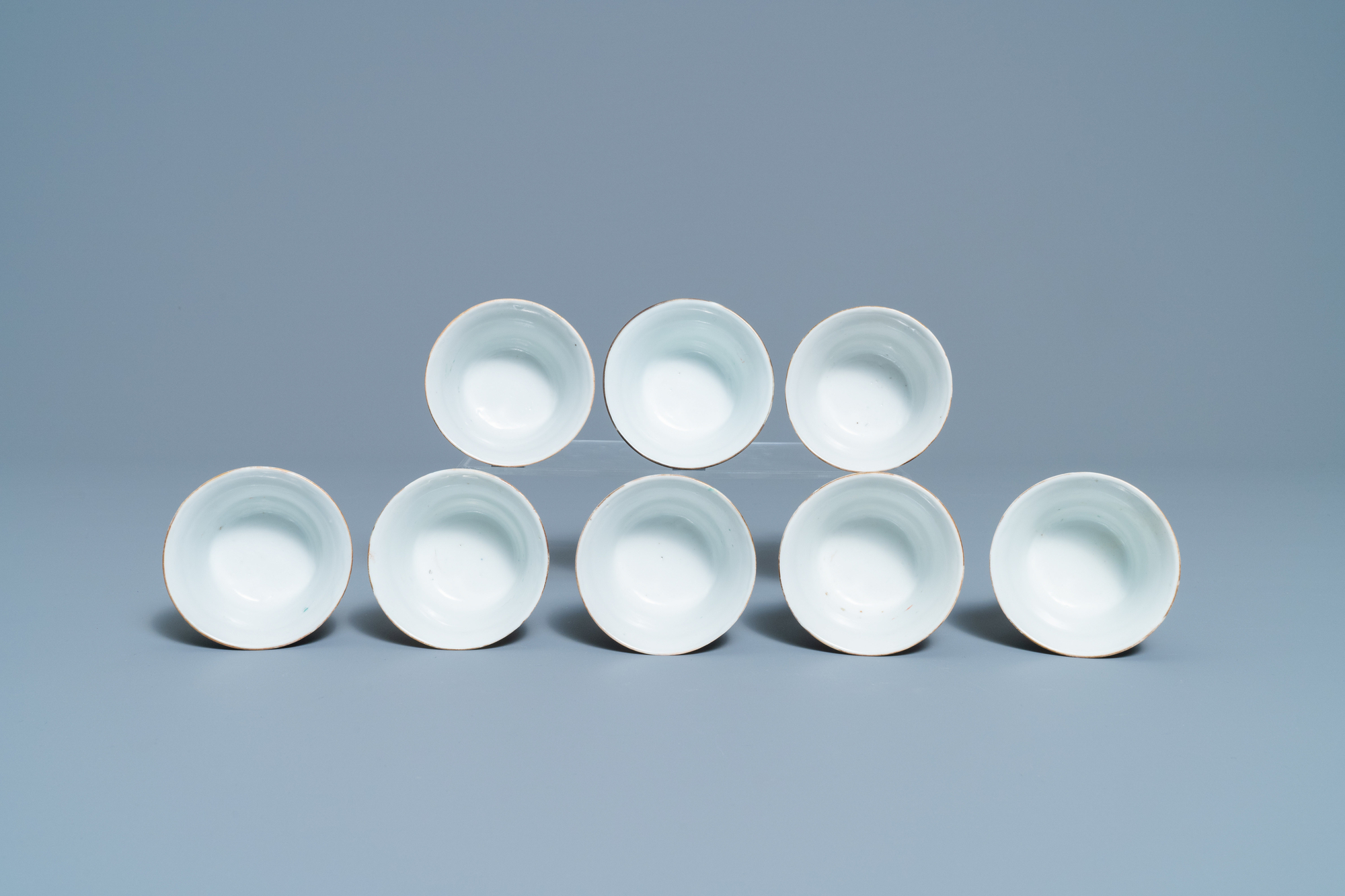 Eight Chinese famille rose 'nine peach' bowls, Hui Tong Zhen Pin mark, 19/20th C. - Image 6 of 7