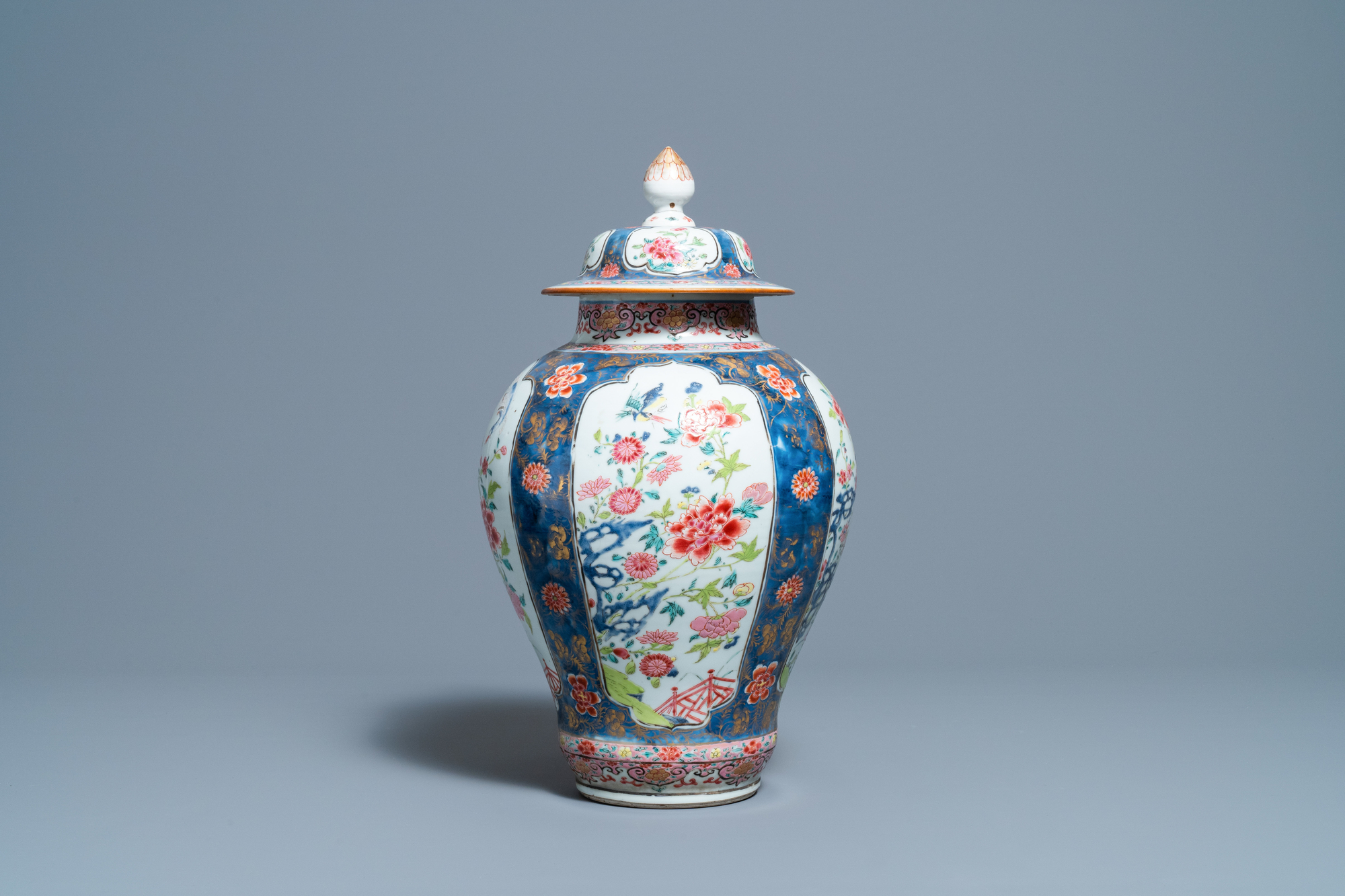 A Chinese famille rose vase and cover, Yongzheng - Image 4 of 7