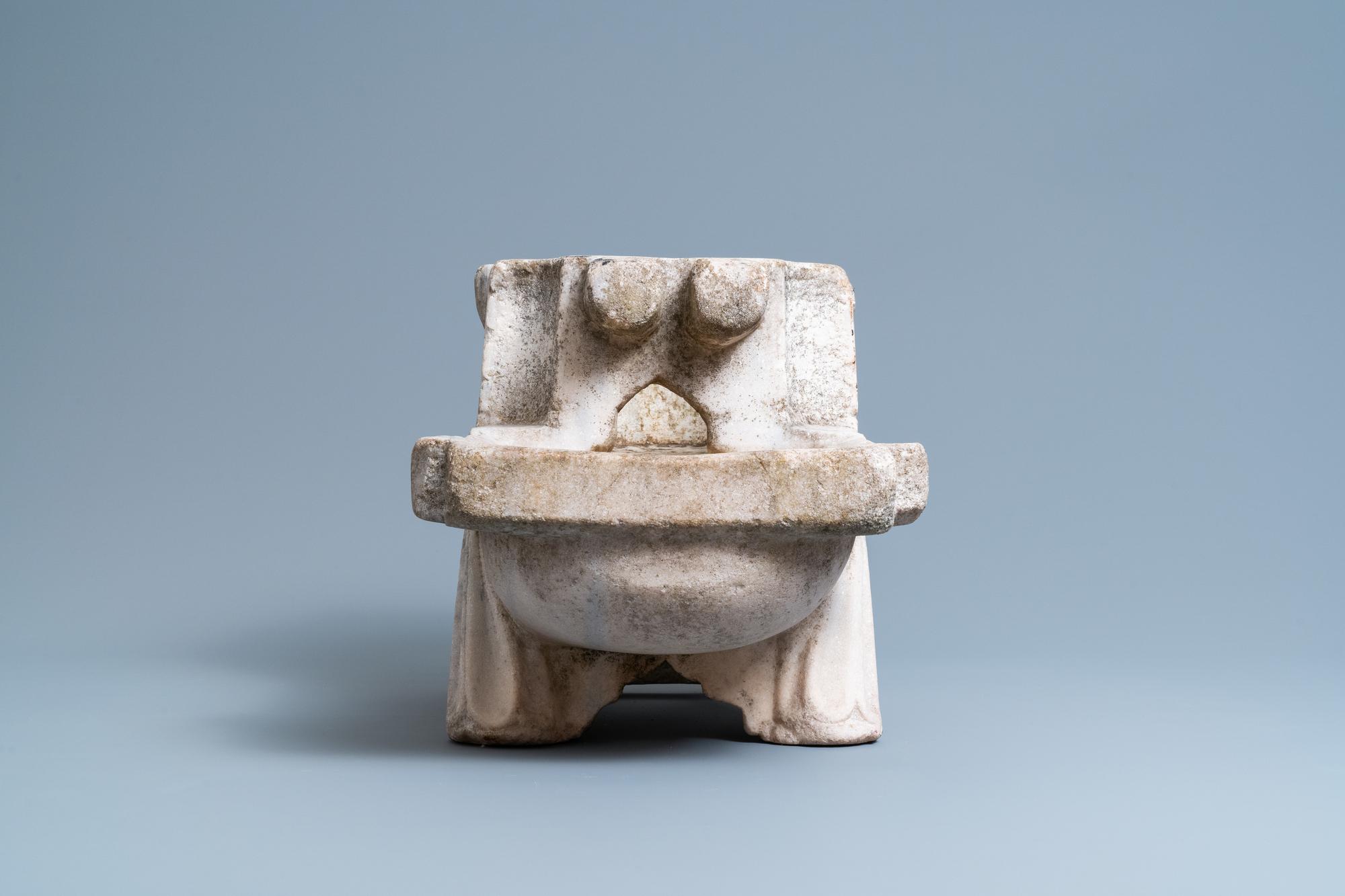A Fatimid marble kilga, Egypt, 11/12th C. - Image 5 of 7