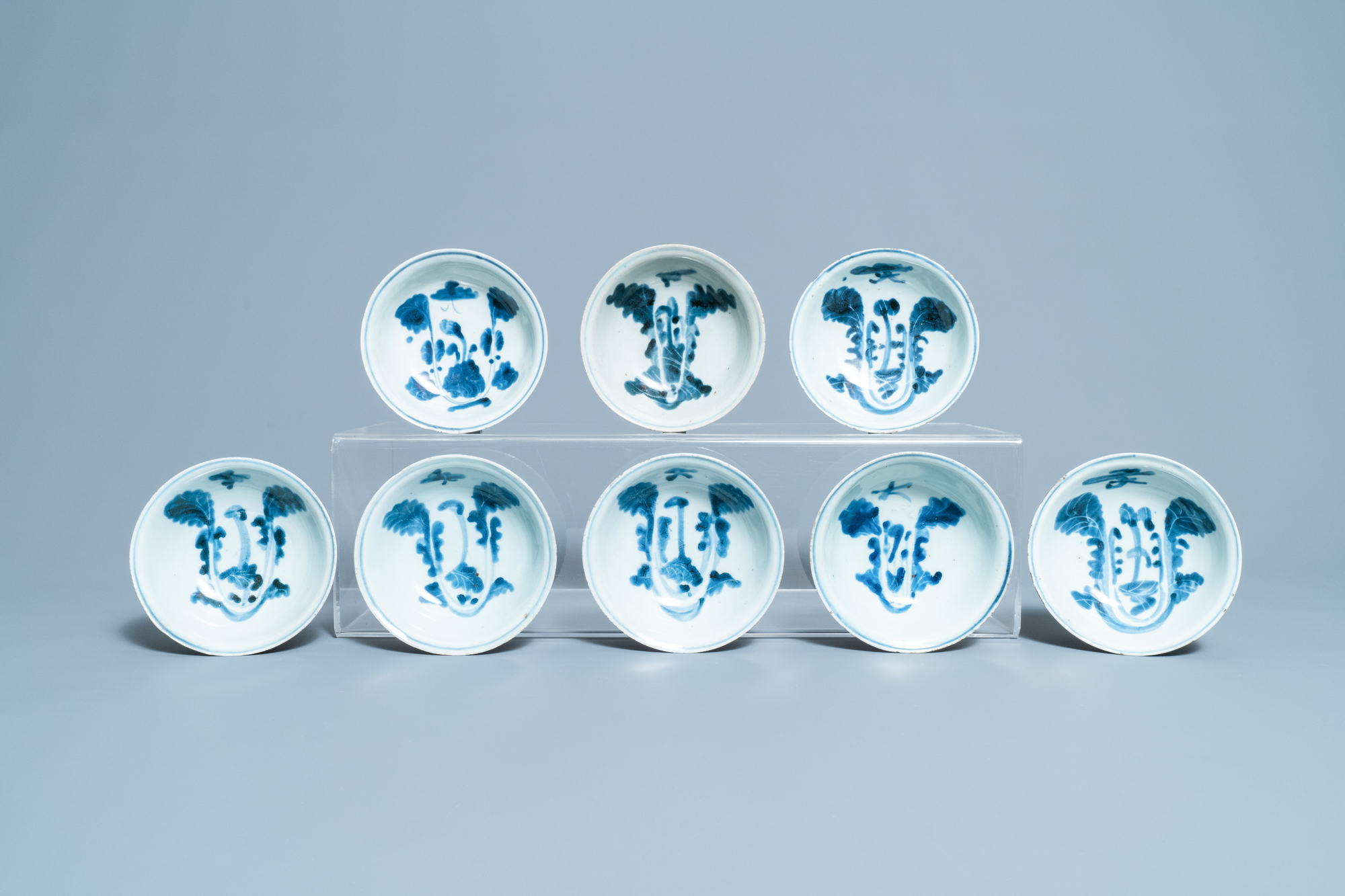 Seventeen Chinese blue and white 'cabbage' bowls, Transitional period - Image 2 of 5