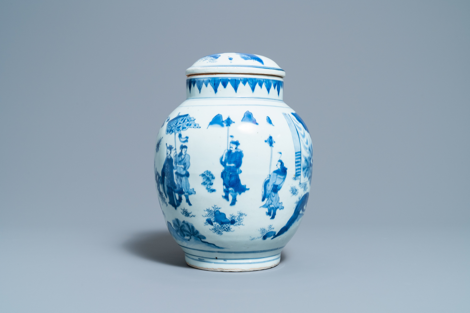 A Chinese blue and white jar and cover with figures in a landscape, Transitional period - Image 3 of 13