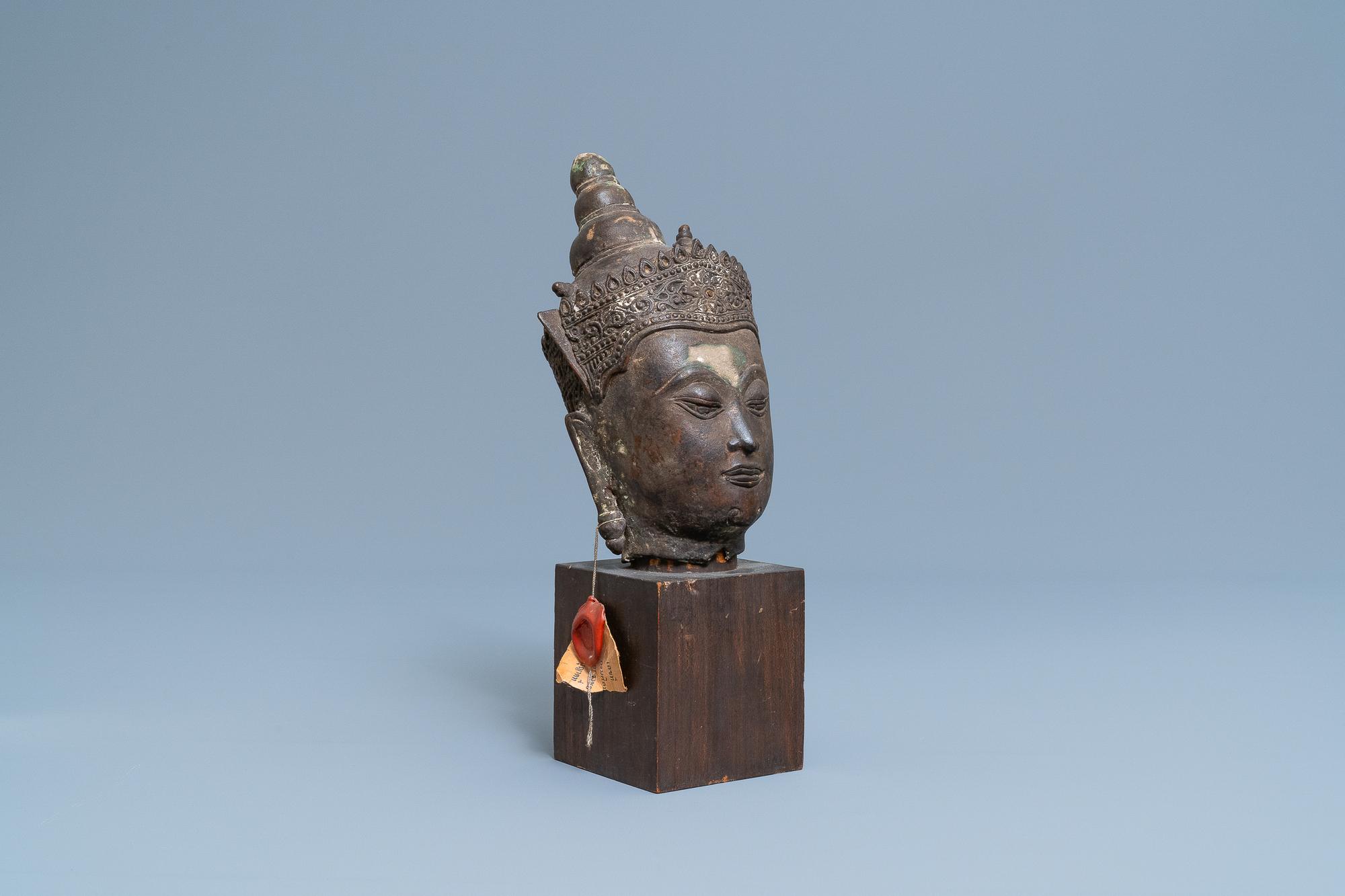 A Thai bronze head of a Bodhisattva, 18/19th C.