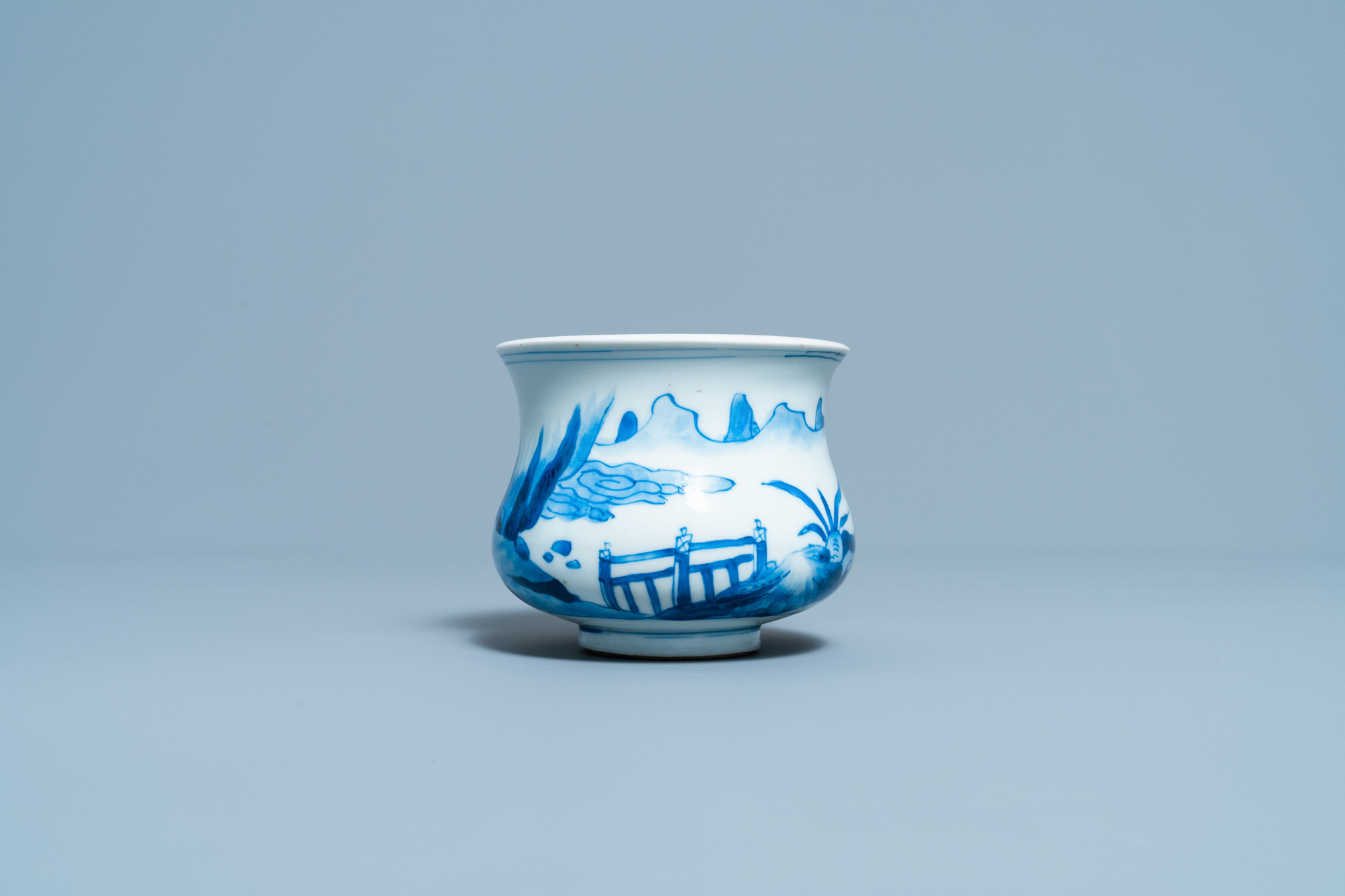 A Chinese blue and white censer with figures in a landscape, Kangxi - Image 4 of 7