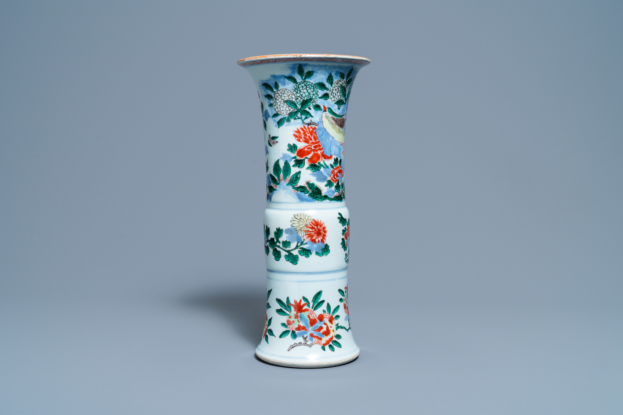 A Chinese wucai 'pheasant' vase, Transitional period - Image 4 of 6