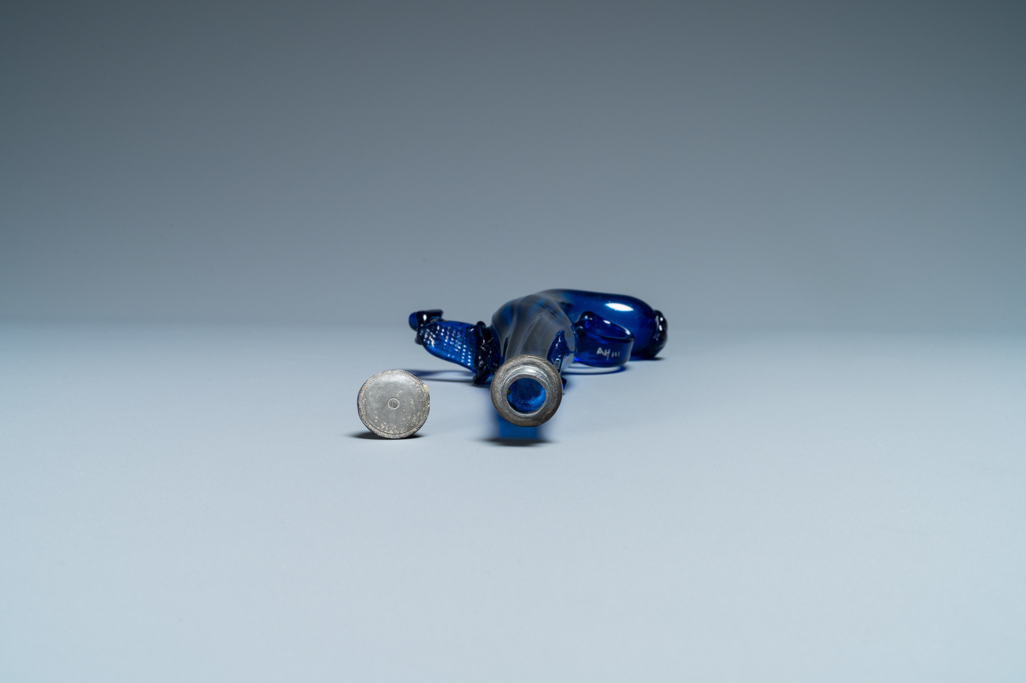 A cobalt blue glass flask in the shape of a flintlock gun, Belgium or Holland, 17th C. - Image 6 of 7