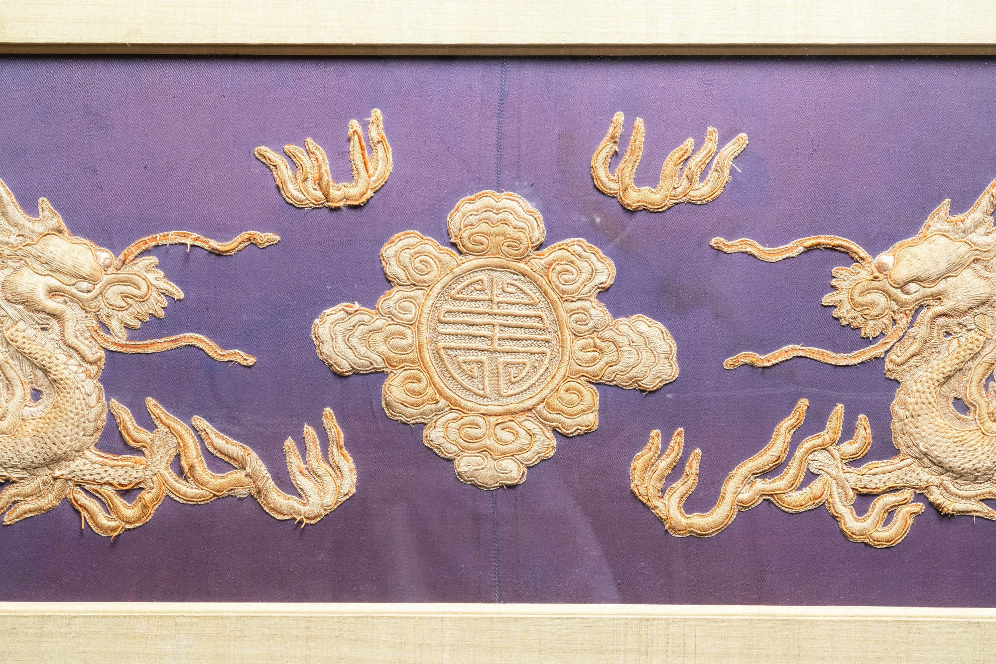 Three Chinese panels of embroidered silk, 19/20th C. - Image 3 of 17