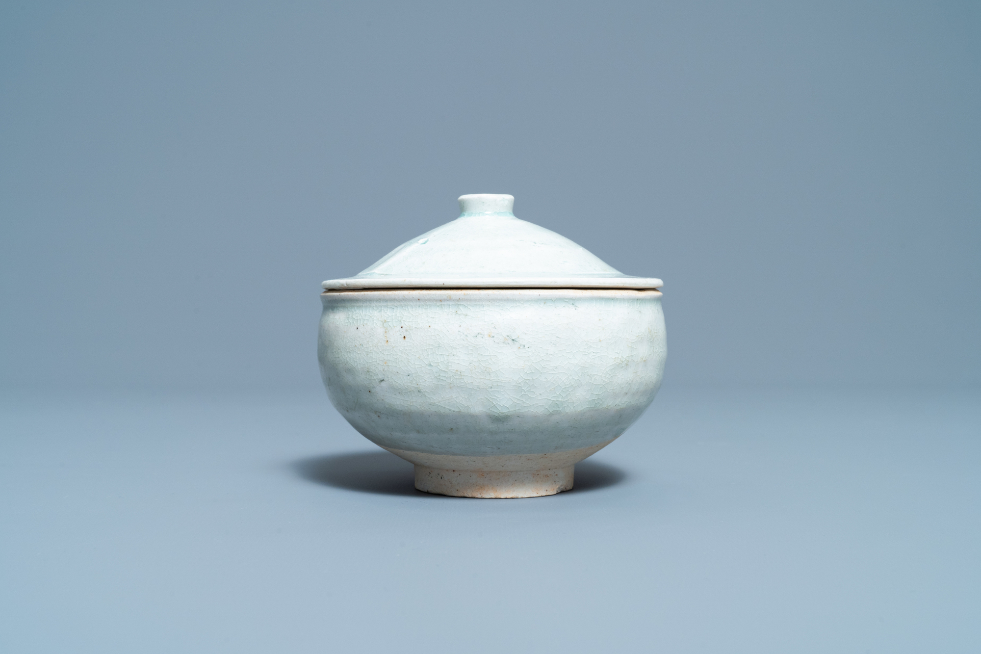 A Chinese qingbai molded 'fish' dish and a bowl with cover, Song/Yuan - Image 6 of 11
